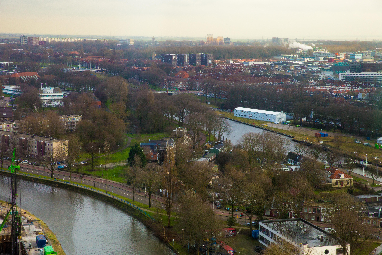 Een fietsbrug ten noorden van de sluis bleek de beste optie te zijn. (Foto: Vincent de Vries/RM)
