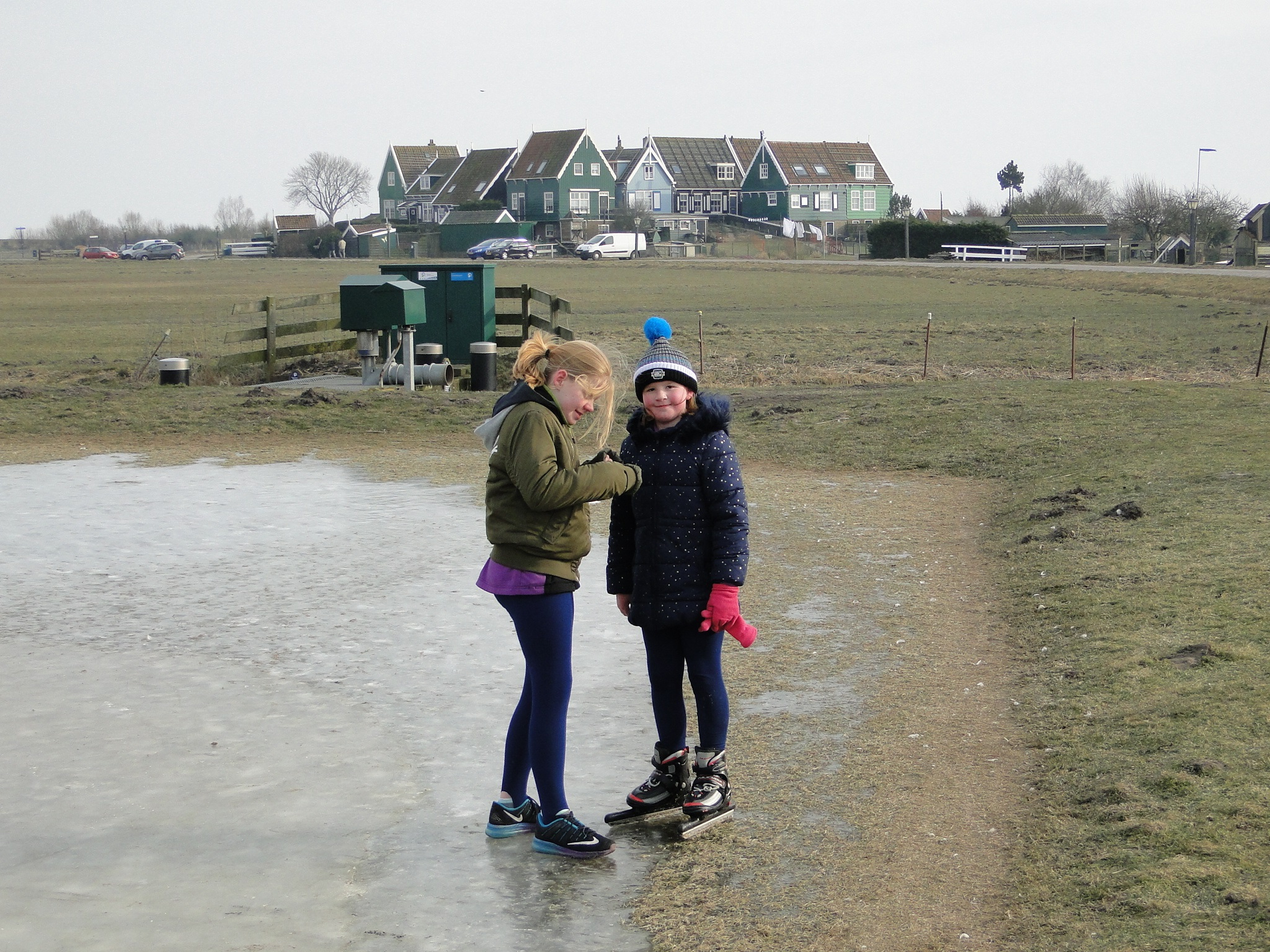 Kortstondig schaatsplezier bij IJsclub Marken rodi.nl © rodi