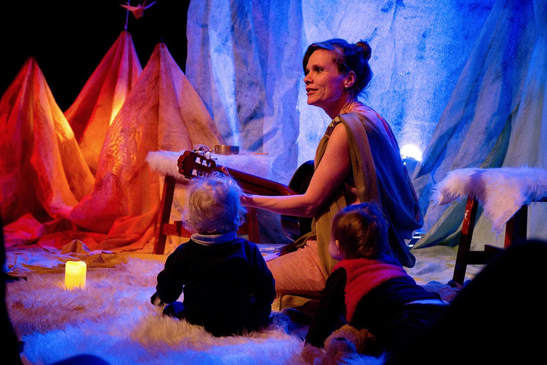 'Niki's babyconcert is het beste instrument om de allerkleinsten liefde mee in te blazen.' (Foto: Anne van Zantwijk)