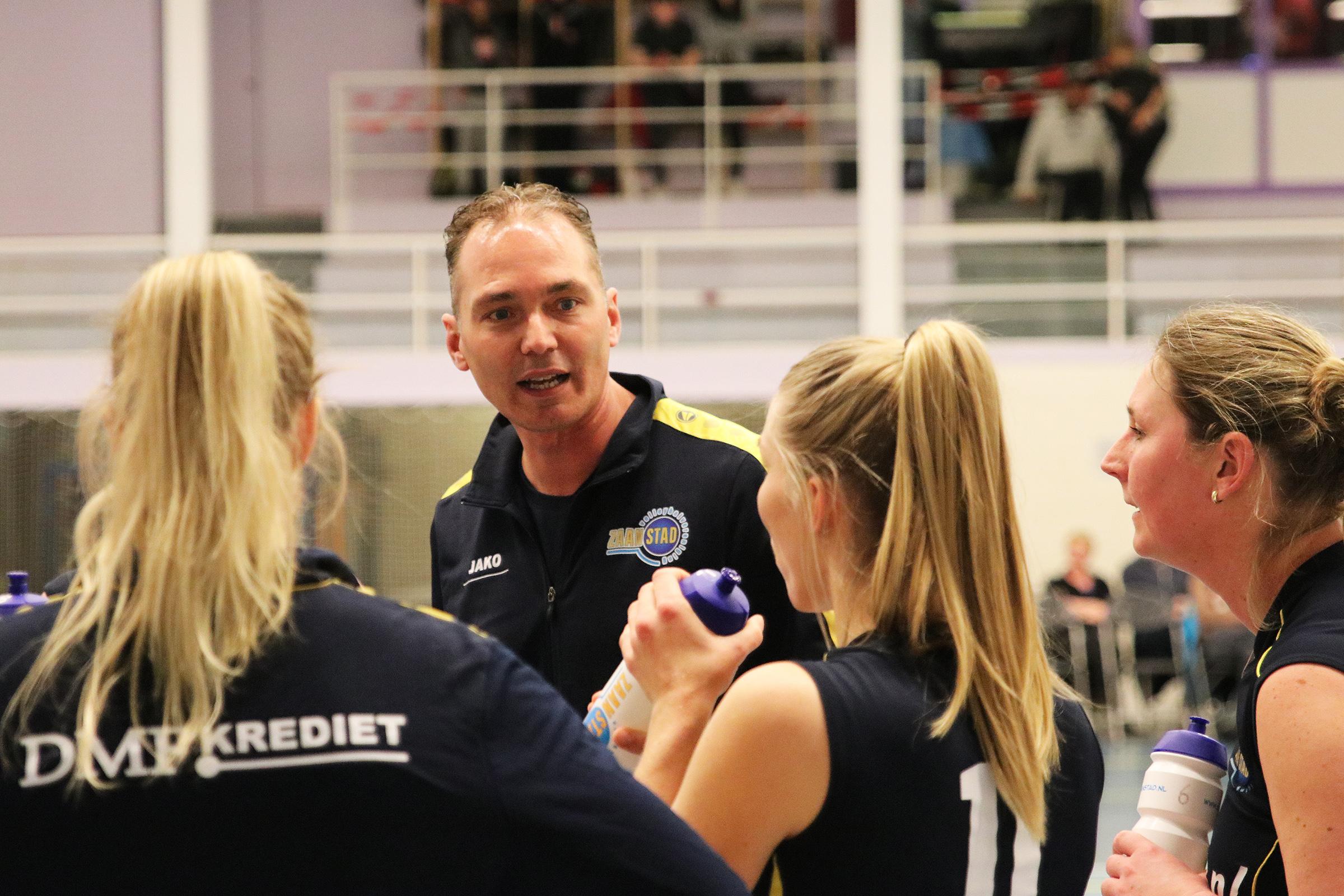 Vincent Pirovano gaat de selectiedames van Zaanstad trainen. (Foto: Eric Visch)