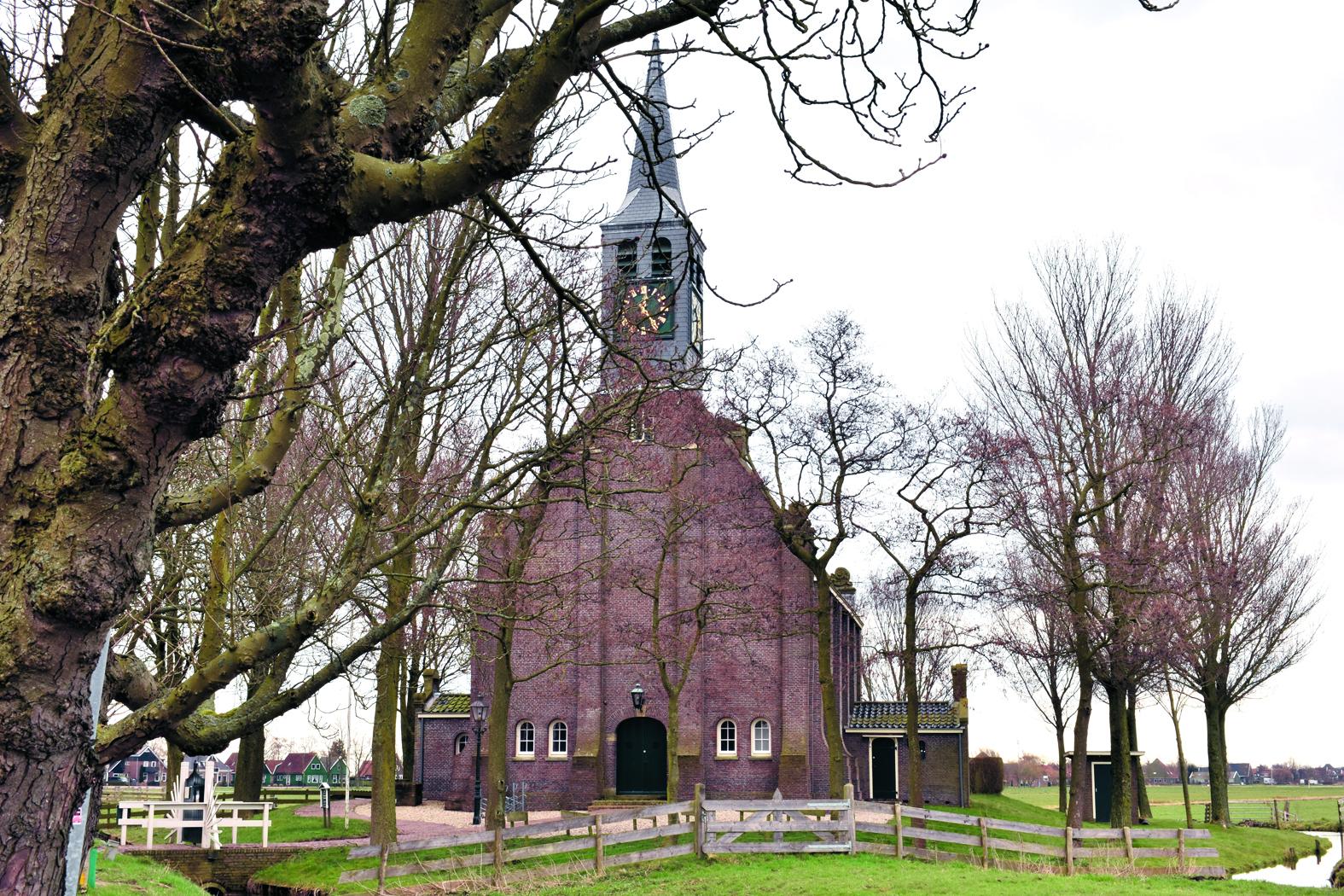 De kerk van Krommeniedijk. (Foto: Daan Ruijter/Rodi Media)