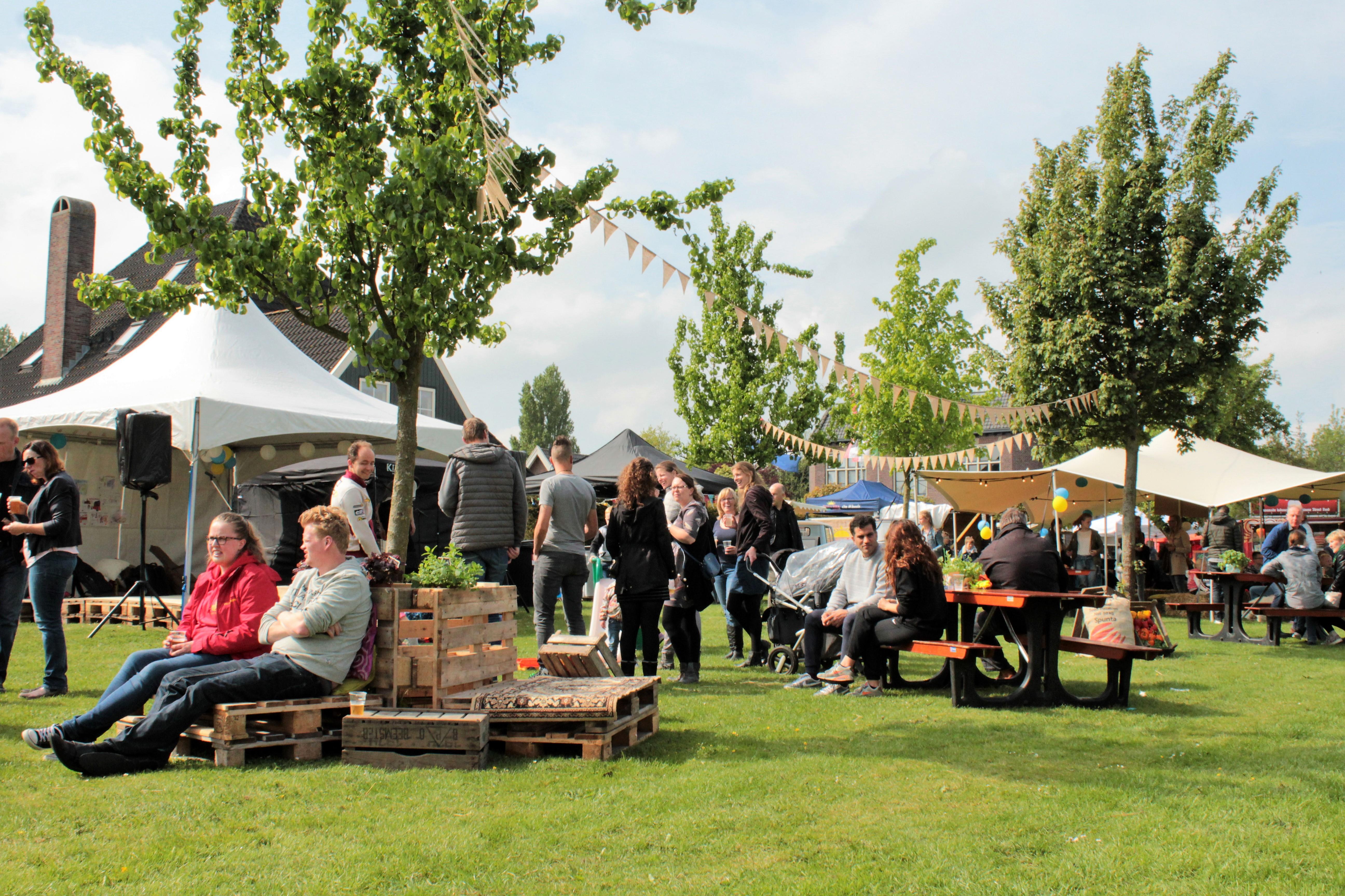Organisatoren en broer en zus Ron Laan en Paula Kenter-Laan kijken uit naar de tweede editie van het Food Festival in Venhuizen. (Foto: Fred Homan) rodi.nl © rodi