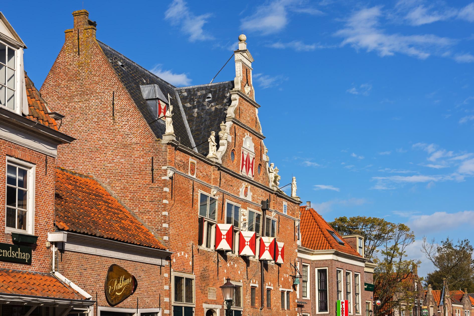 Historische vereniging Oud Enkhuizen gaat verhuizen naar een nieuw pand: het Waaggebouw aan de Kaasmarkt in Enkhuizen. (Foto: Shutterstock)