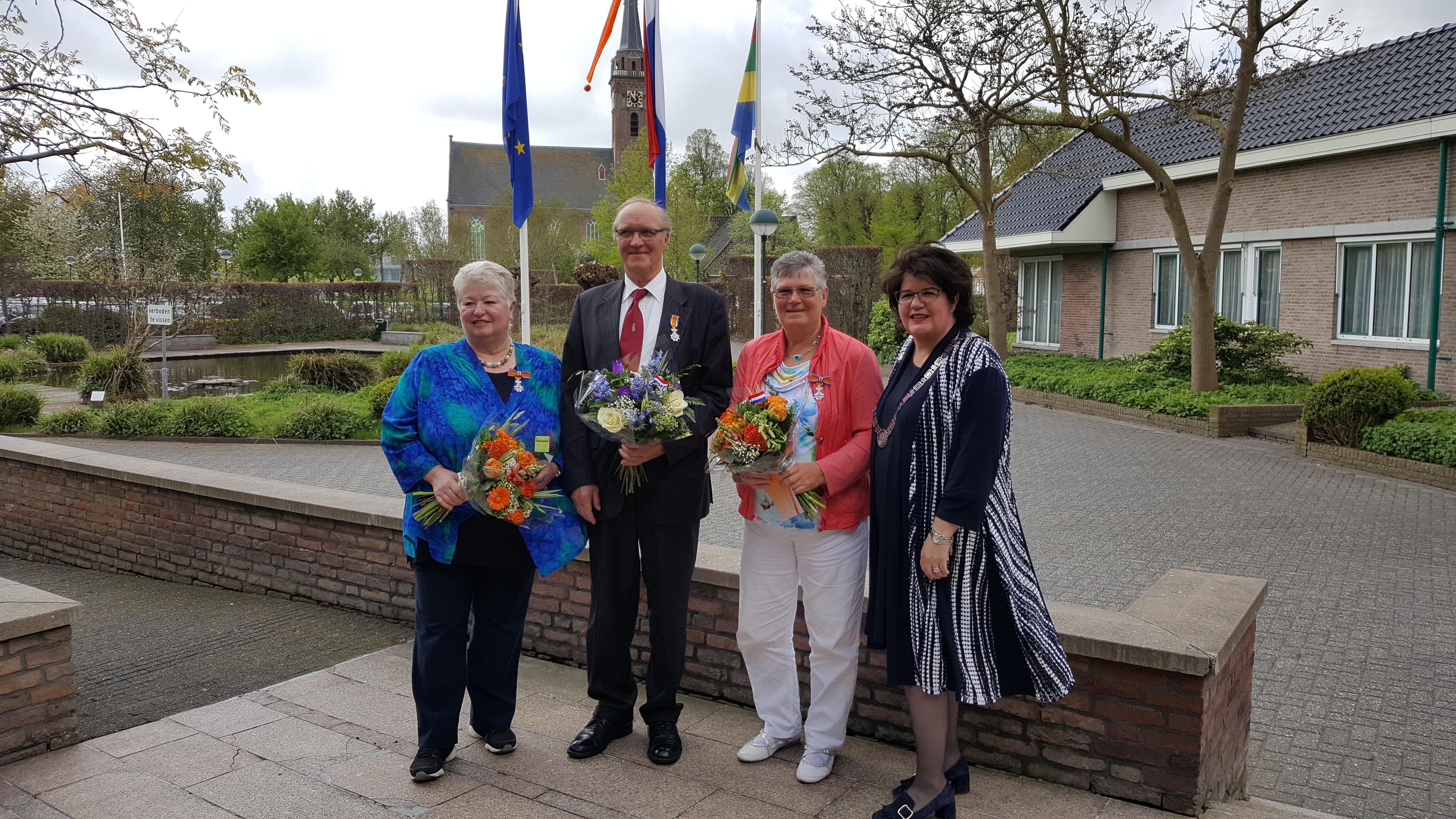 V.l.n.r. Hilda Reijm-Helder, Henk van der Molen, Ria Duijn-Van Beusekom en burgemeester Joyce van Beek. (Foto: gemeente Beemster)