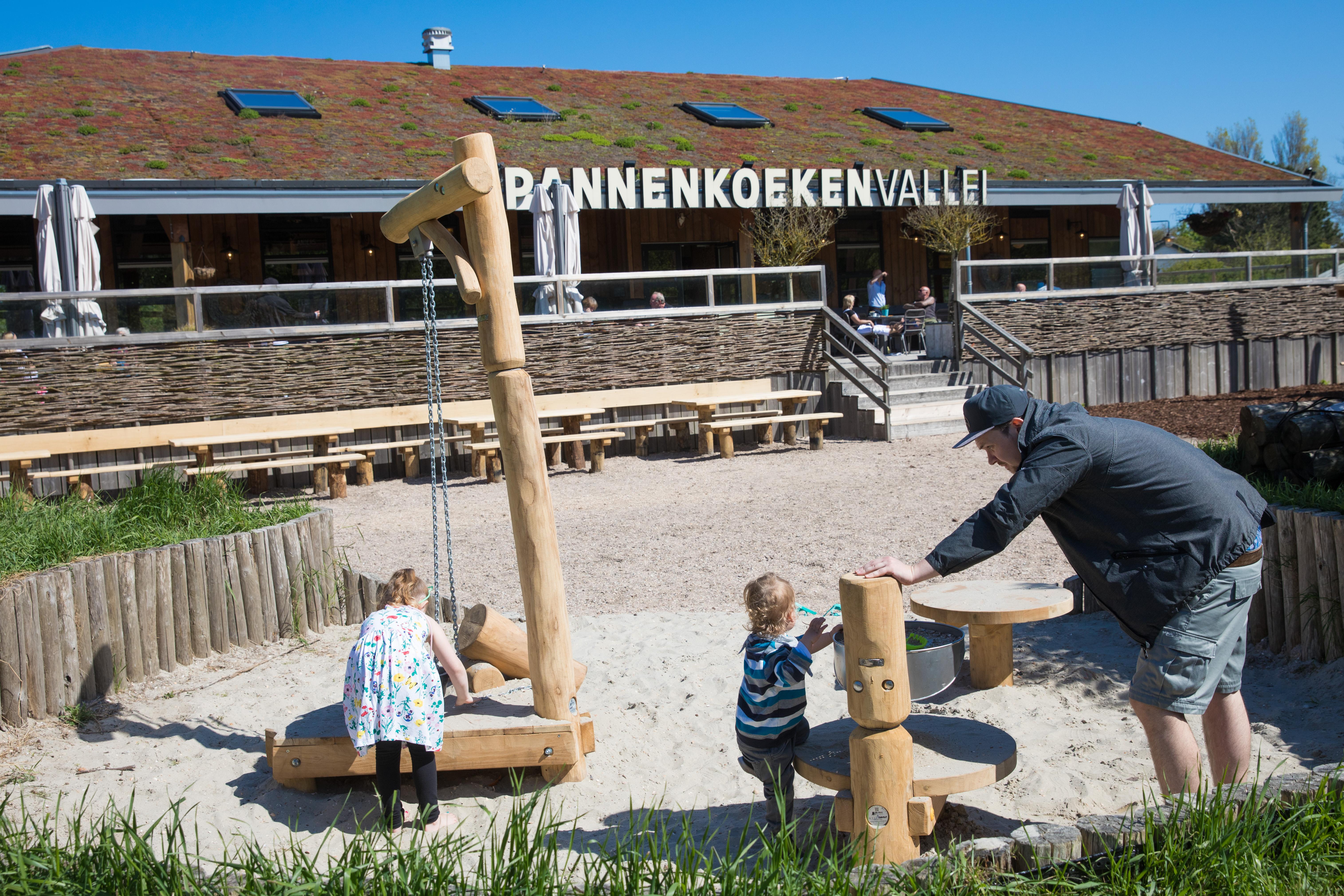 Een uitdagend klimtoestel voor kinderen van 4 tot 12 jaar. (Foto: Vincent de Vries / RM)
