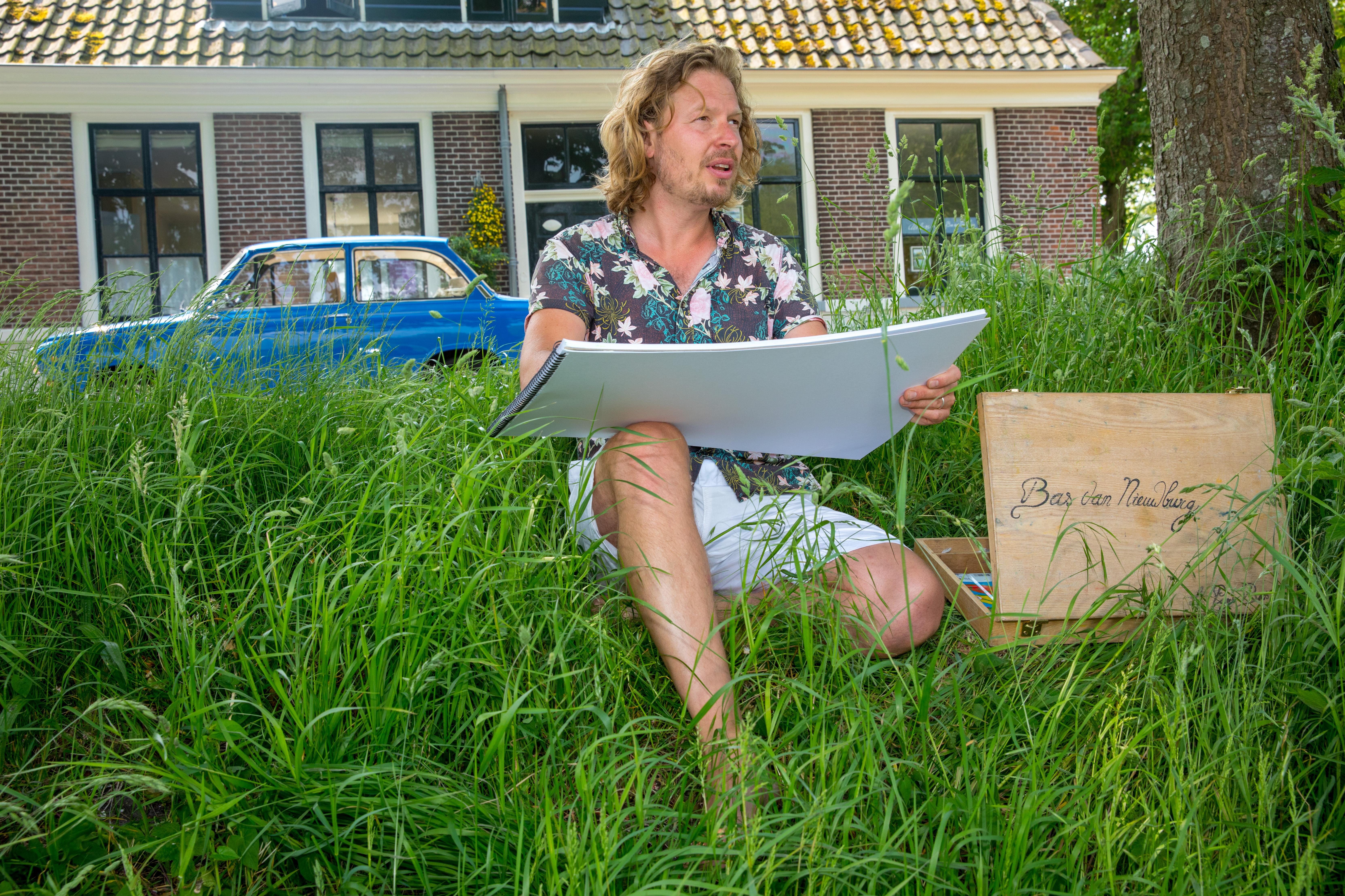 Bas heeft een mobiel atelier om zijn Erfgoed Expedities voort te zetten. (Foto: Vincent de Vries/RM).