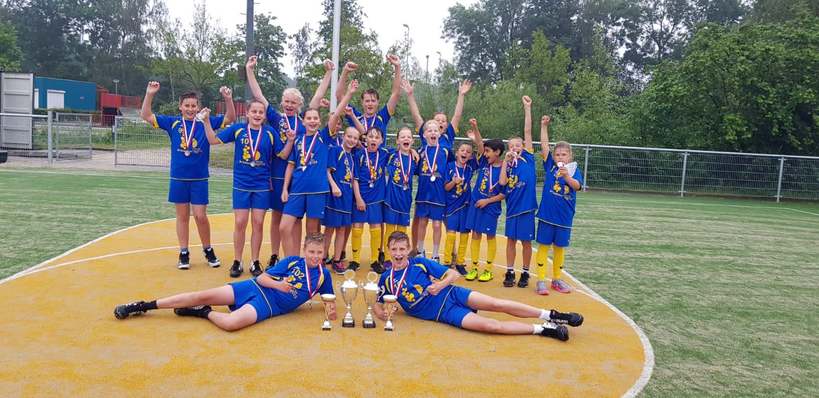Schoolkorfbalfinalisten van De Korenaar. (Foto: OKV)