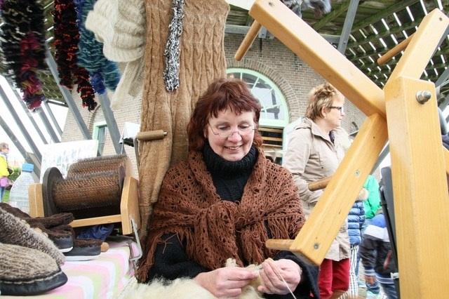 Tijdens de hobby- en kunstmarkt worden ook demonstraties gegeven. (Foto: aangeleverd)