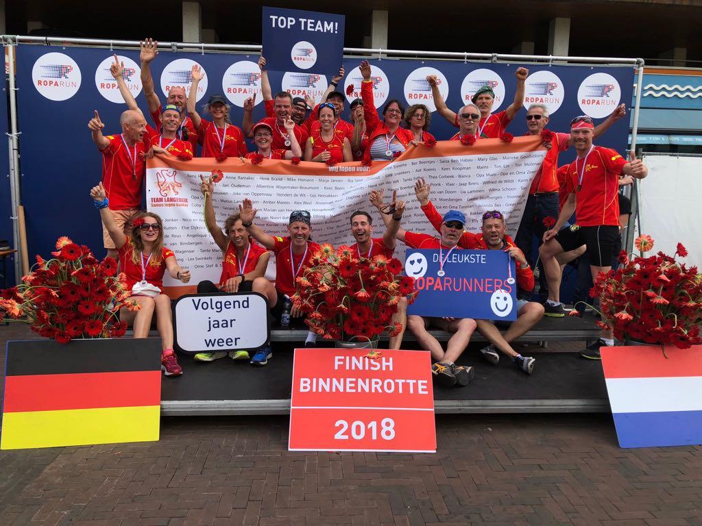 De helden van Team Langedijk die deelnamen aan de onlangs gehouden Roparun. (Foto: aangeleverd)