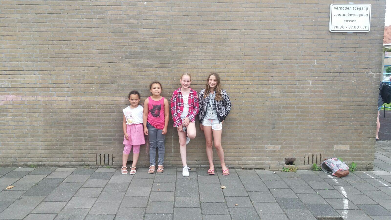 De meiden uit Edam. (Foto: aangeleverd)