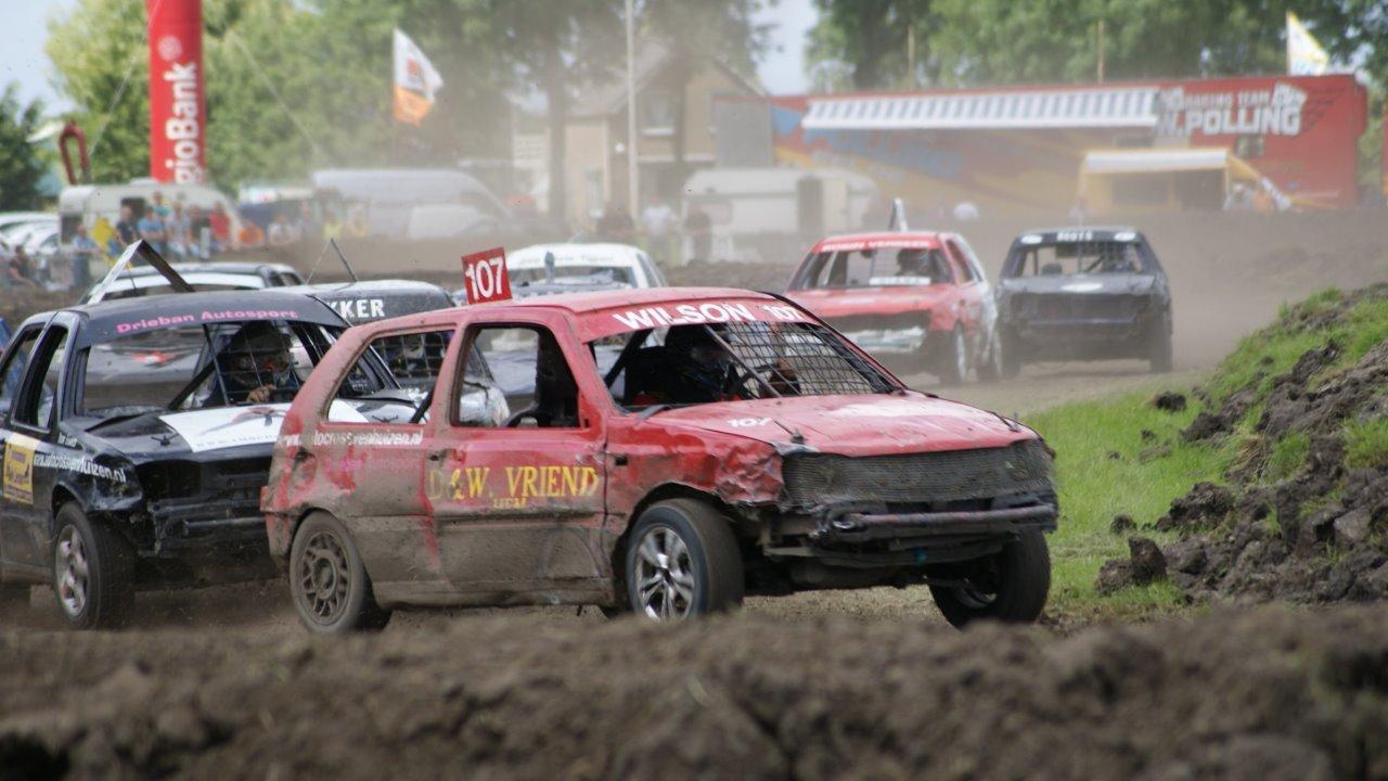 Bezoekers van Autocross Venhuizen kunnen rekenen op een spectaculaire dag! (Foto: aangeleverd)