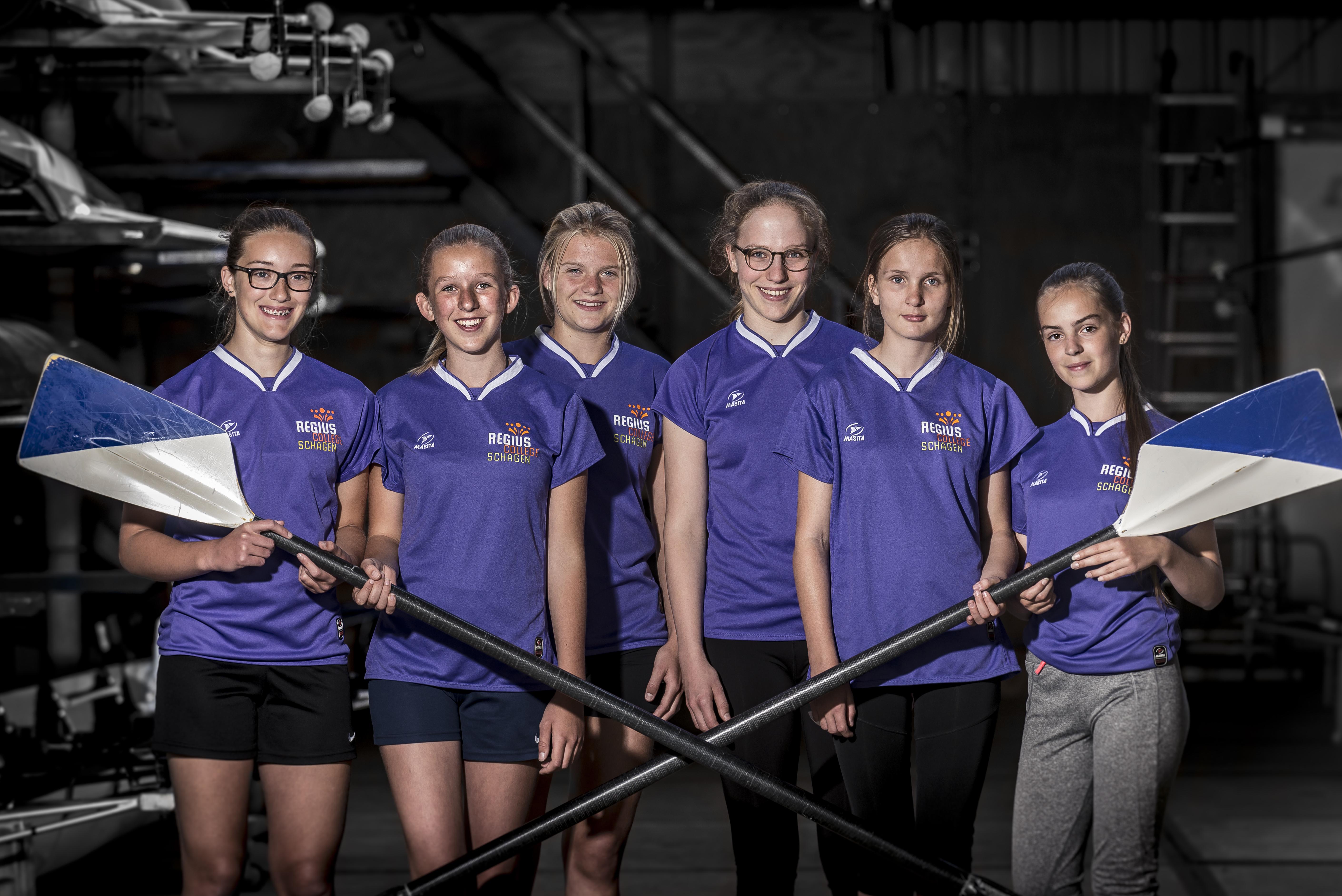 V.l.n.r.: Naomie van Helsdingen, Marit Hofland,Amber Breed, Marit Bak, Elise Kooiman en Marleen Wormsbecher. (Foto: Sebastiaan van Stam)