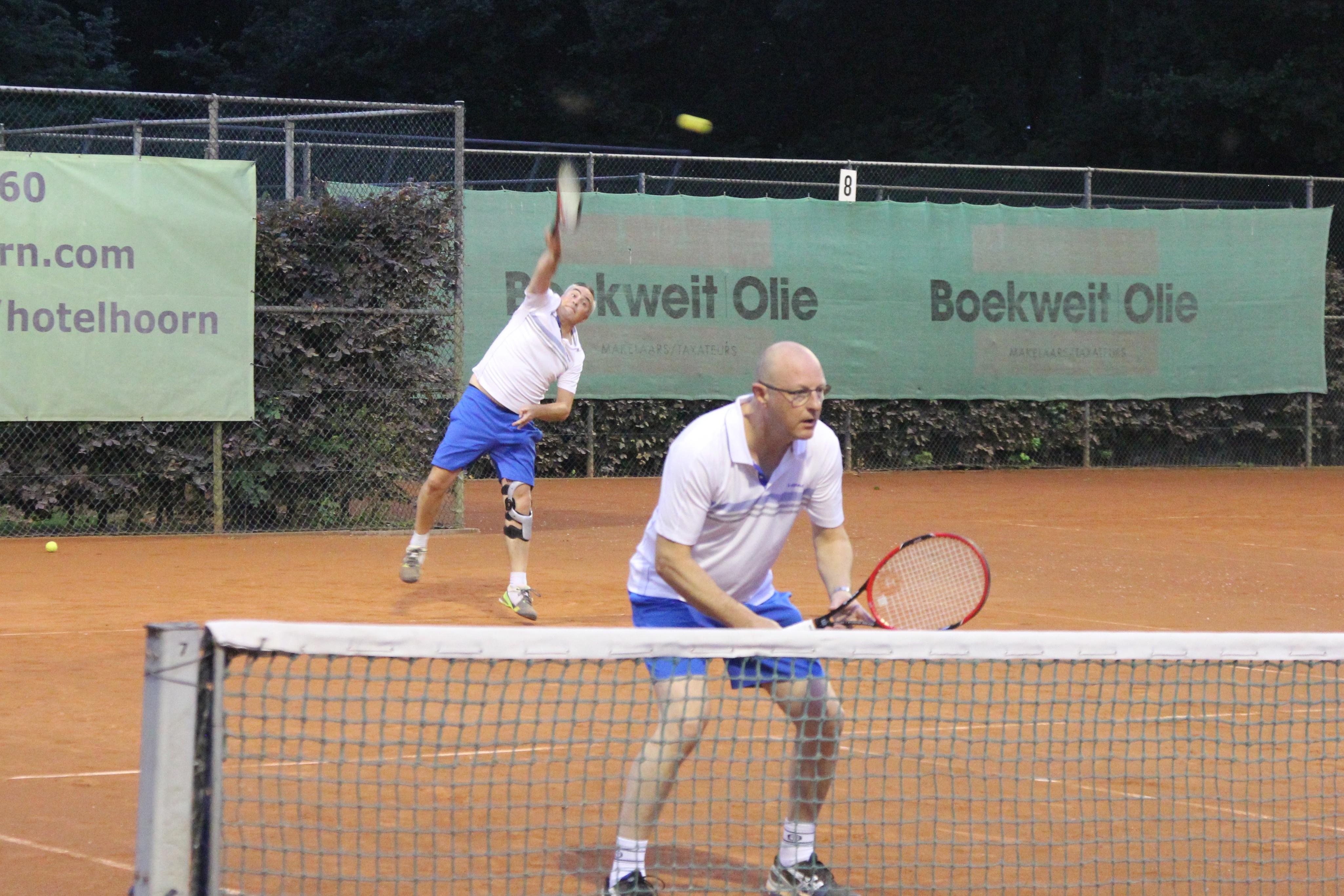 Het Boekweit|Olie Tennistoernooi is een toernooi is voor iedere tennisser, van recreatie- tot topniveau, voor elke speelsterkte en voor elke leeftijd. (Foto: aangeleverd)