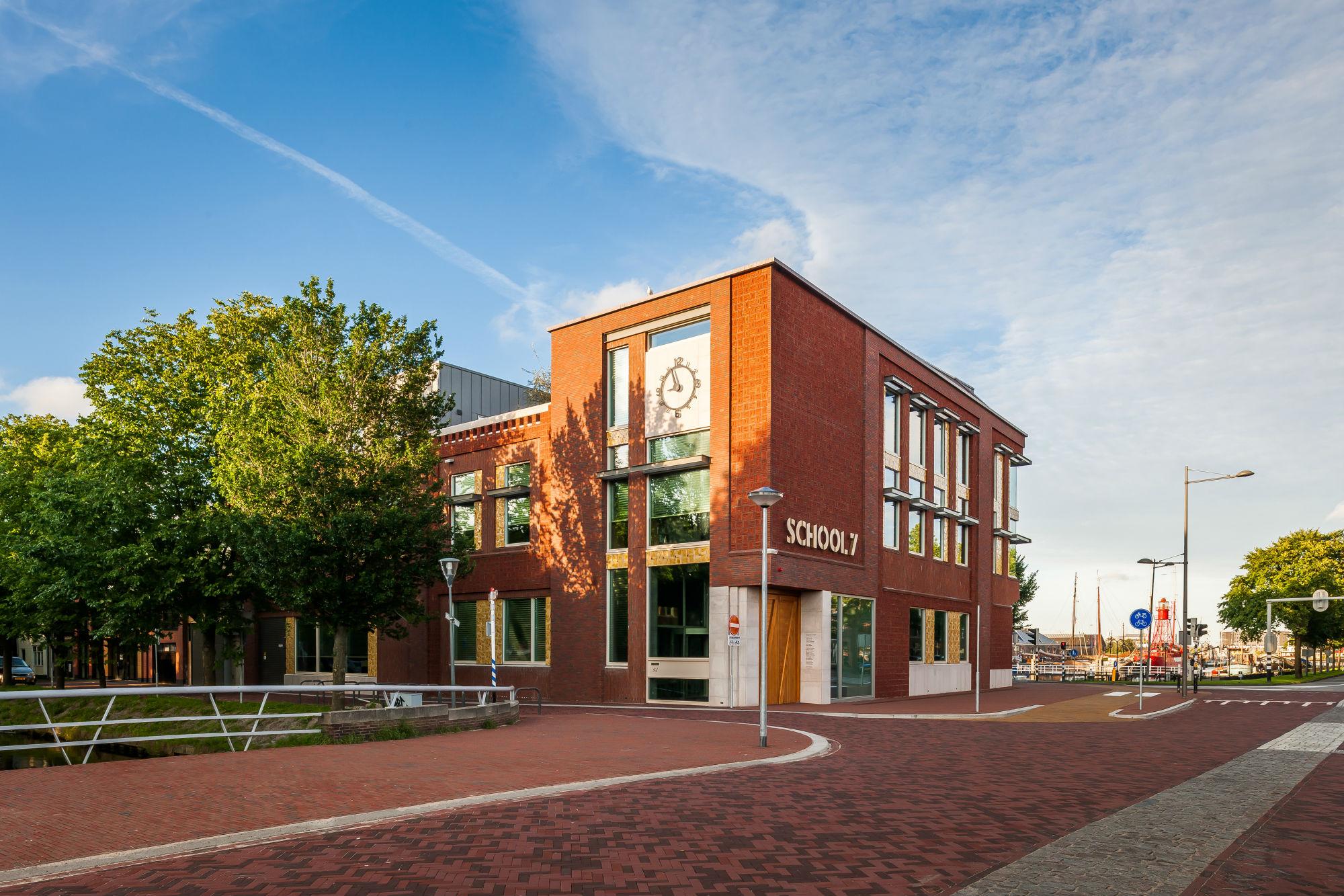 School 7. (Foto: Jan de Vries)