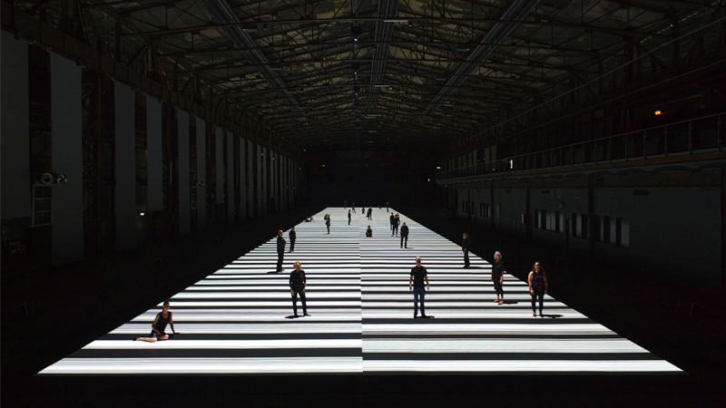 Ryoji Ikeda, test pattern [100m version], audiovisual installation (2013). (Foto: aangeleverd)