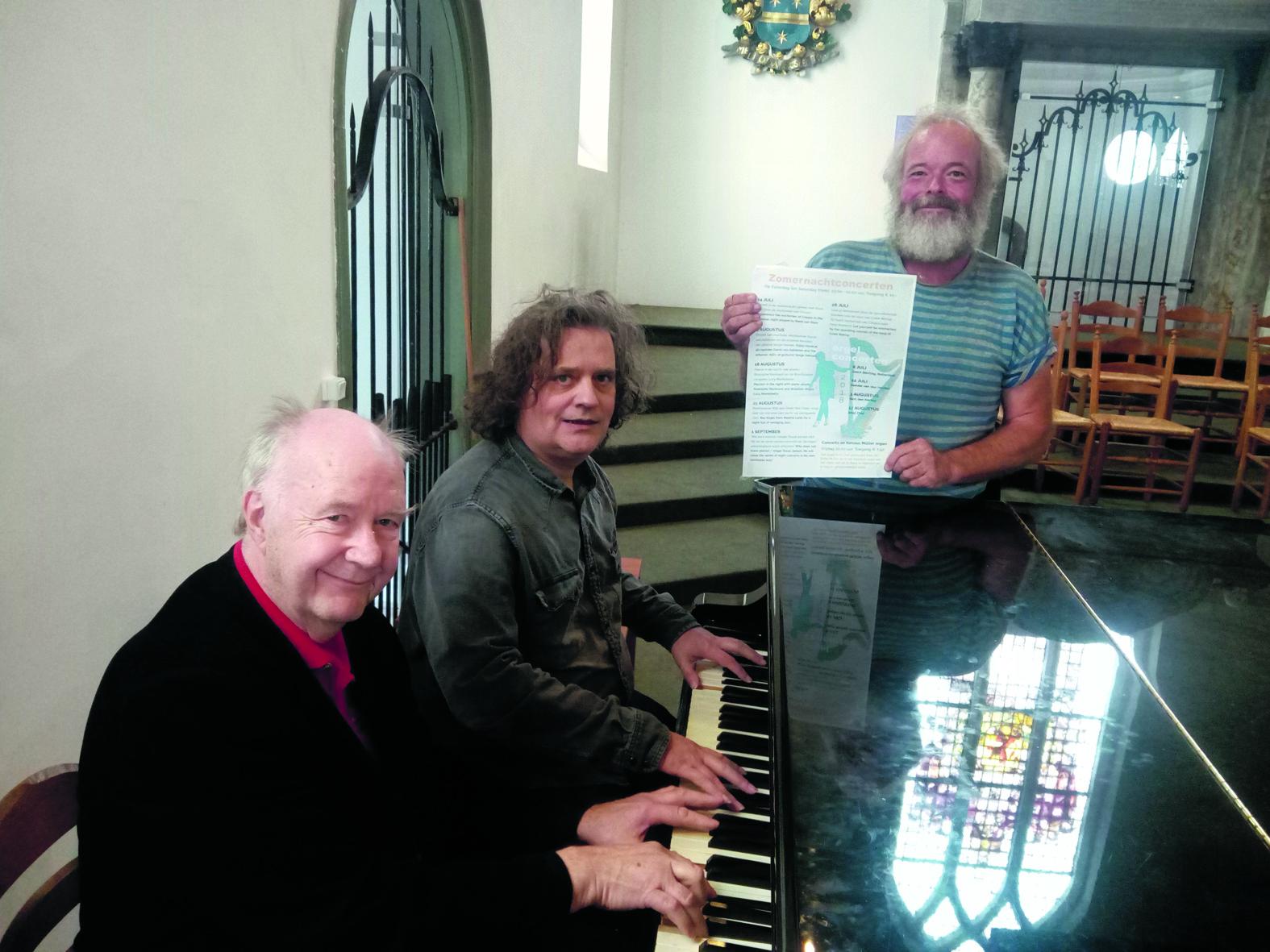 Bert Kisjes, Serge Héman en Jeroen Stam van de vereniging Grote Kerk Beverwijk. (Foto: Bos Media Services)