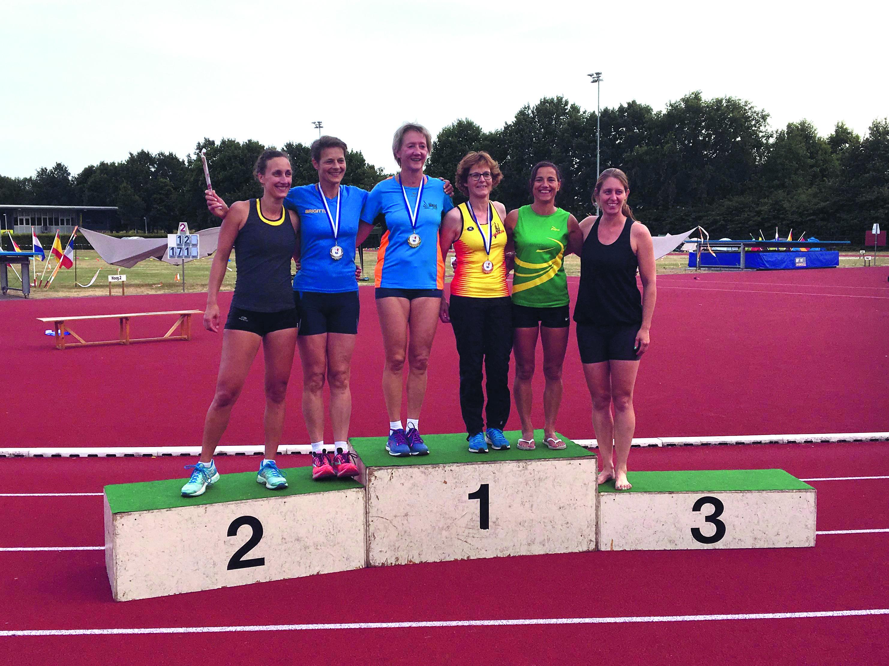 DEM-atlete Anja Akkerman deed het op de NK meerkamp masters uitstekend. (foto aangeleverd)