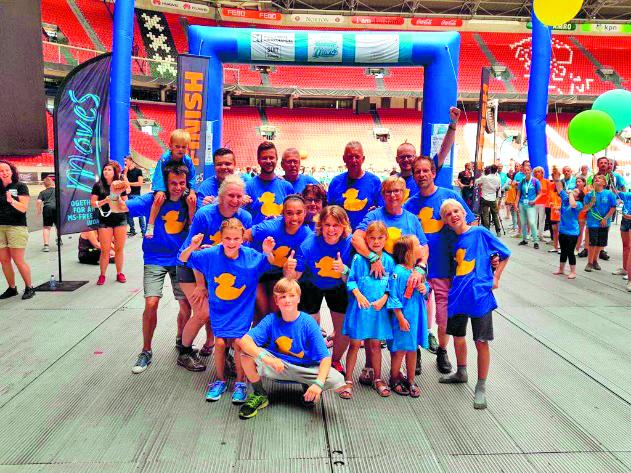 Nienke en haar familie deden als The B-Team mee aan Arena MoveS. (aangeleverde foto)