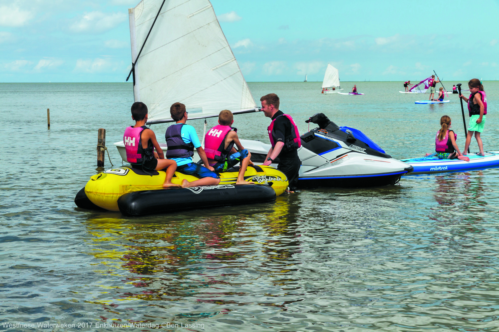 De echte waterliefhebbers doen zaterdag 28 juli weer mee aan de prestatie-zwemtocht. (Foto's: Ben Lassing) rodi.nl © rodi
