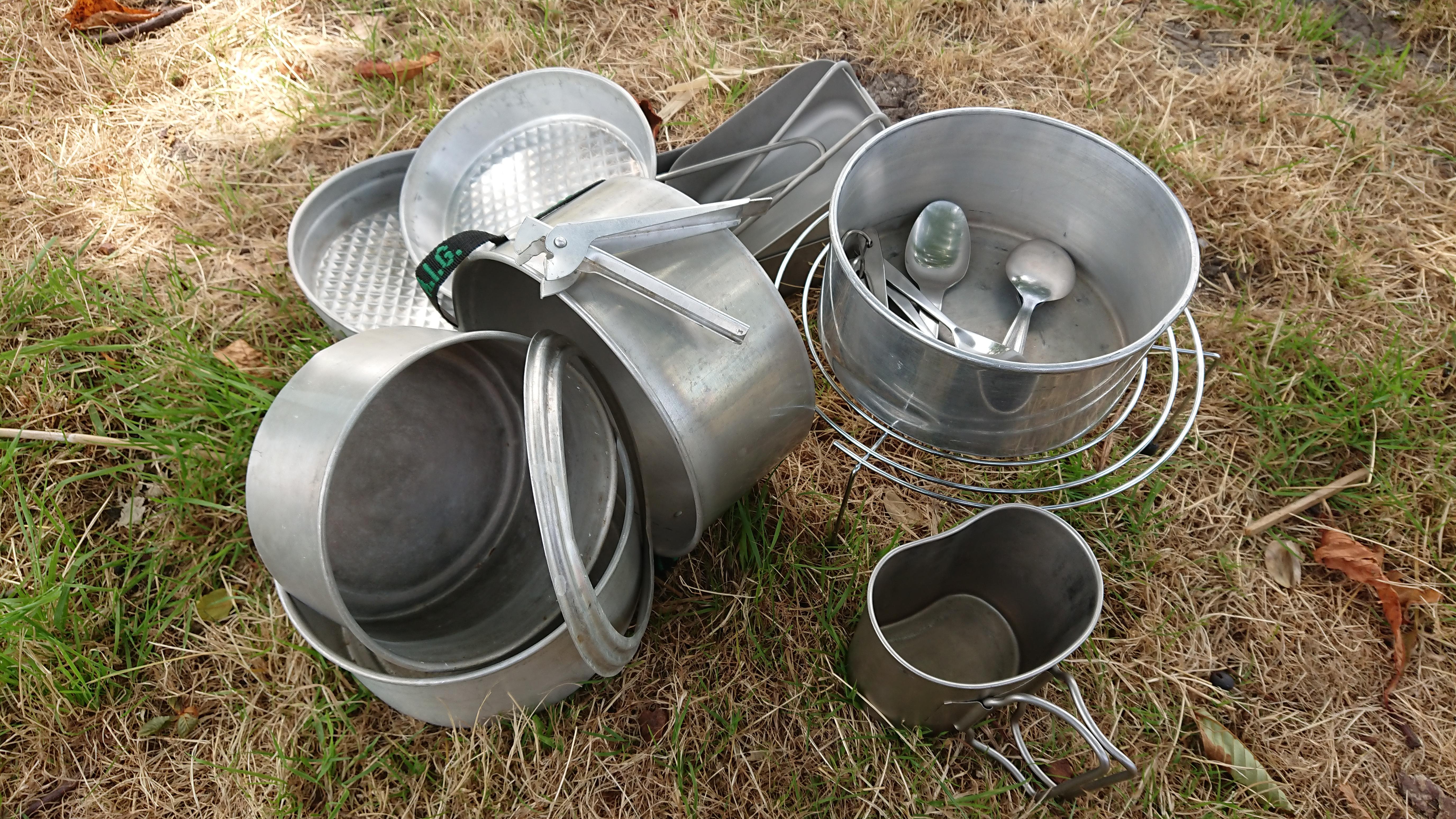 Aluminium kampeerspullen te vinden bij De Groote Weiver. (Foto: De Groote Weiver)