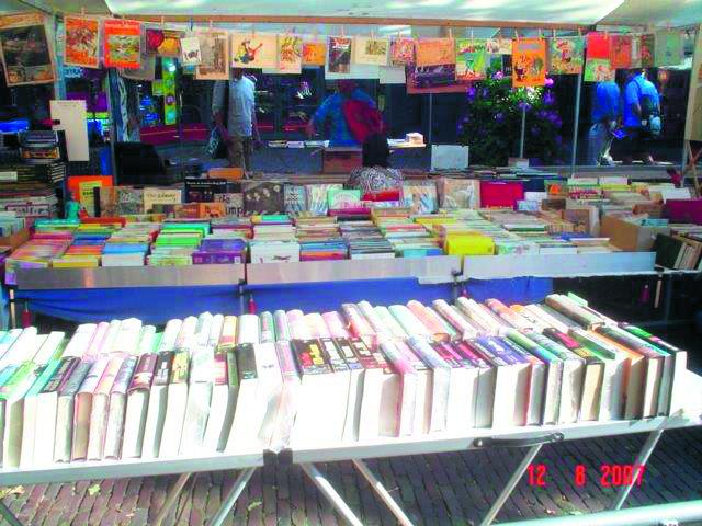 De Antiquarische Boekenmarkt van Bergen. (Foto: aangeleverd).
