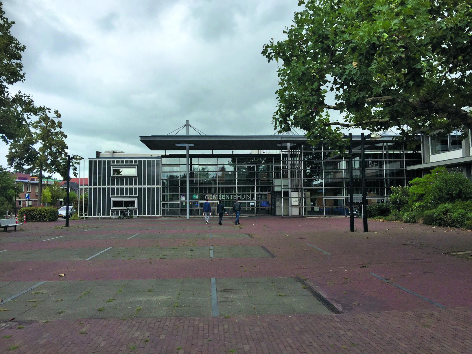 Het gemeentehuis van Landsmeer. (Foto: Wendy Ruittemanz/Rodi Media)