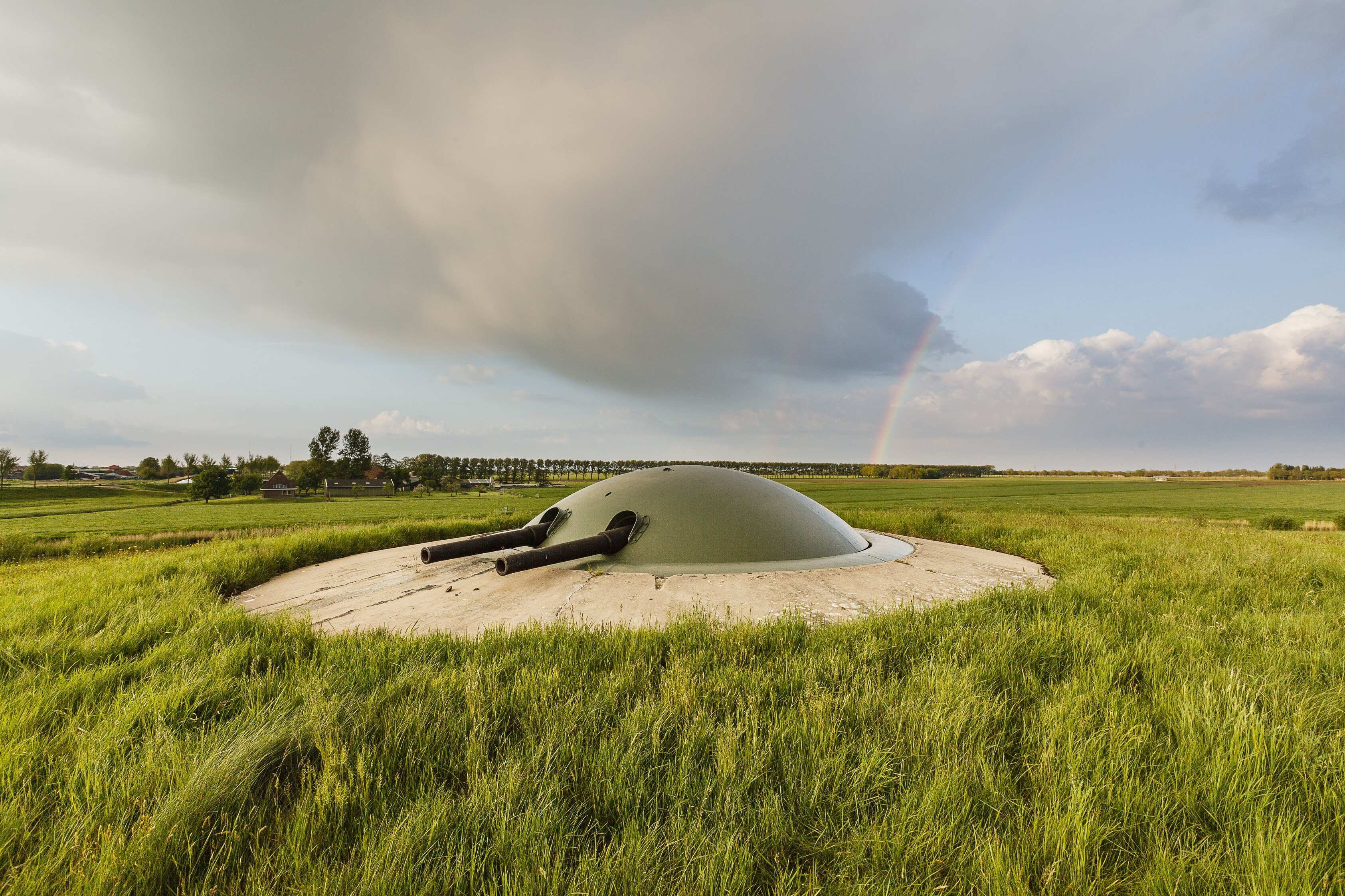Klap op de vuurpijl is een bezoek aan de dubbelloops geschutskoepel, de enige in Nederland. (Foto: Natuurmonumenten)