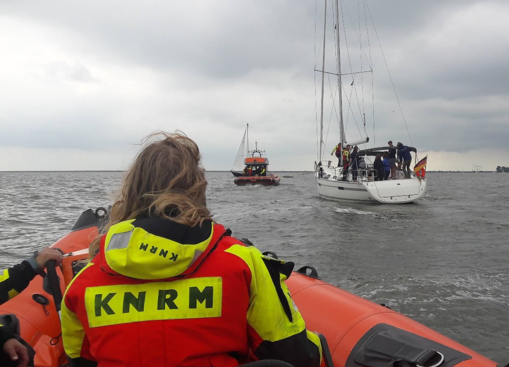 Vrijwilligers van KNRM reddingstation Enkhuizen kwamen in augustus maar liefst 35 keer in actie voor een scala aan incidenten. (Foto: aangeleverd)