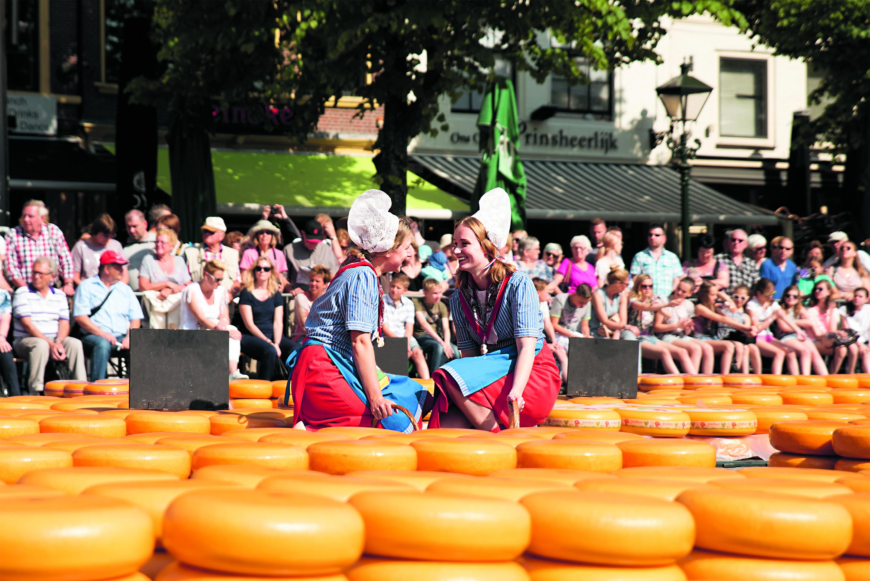 De kaasmarkt verhuist woensdag 12 september voor even naar de winkelcentrum de Mare. (Foto: aangeleverd)