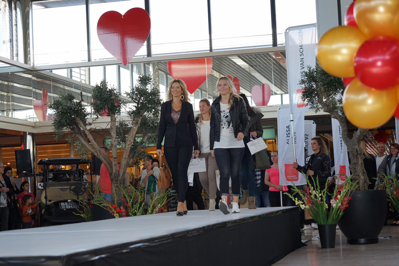 Tachtig modellen van dertig verschillende winkels uit Schagen tonen de nieuwste herfst- en wintercollecties. (Foto: aangeleverd) rodi.nl © rodi