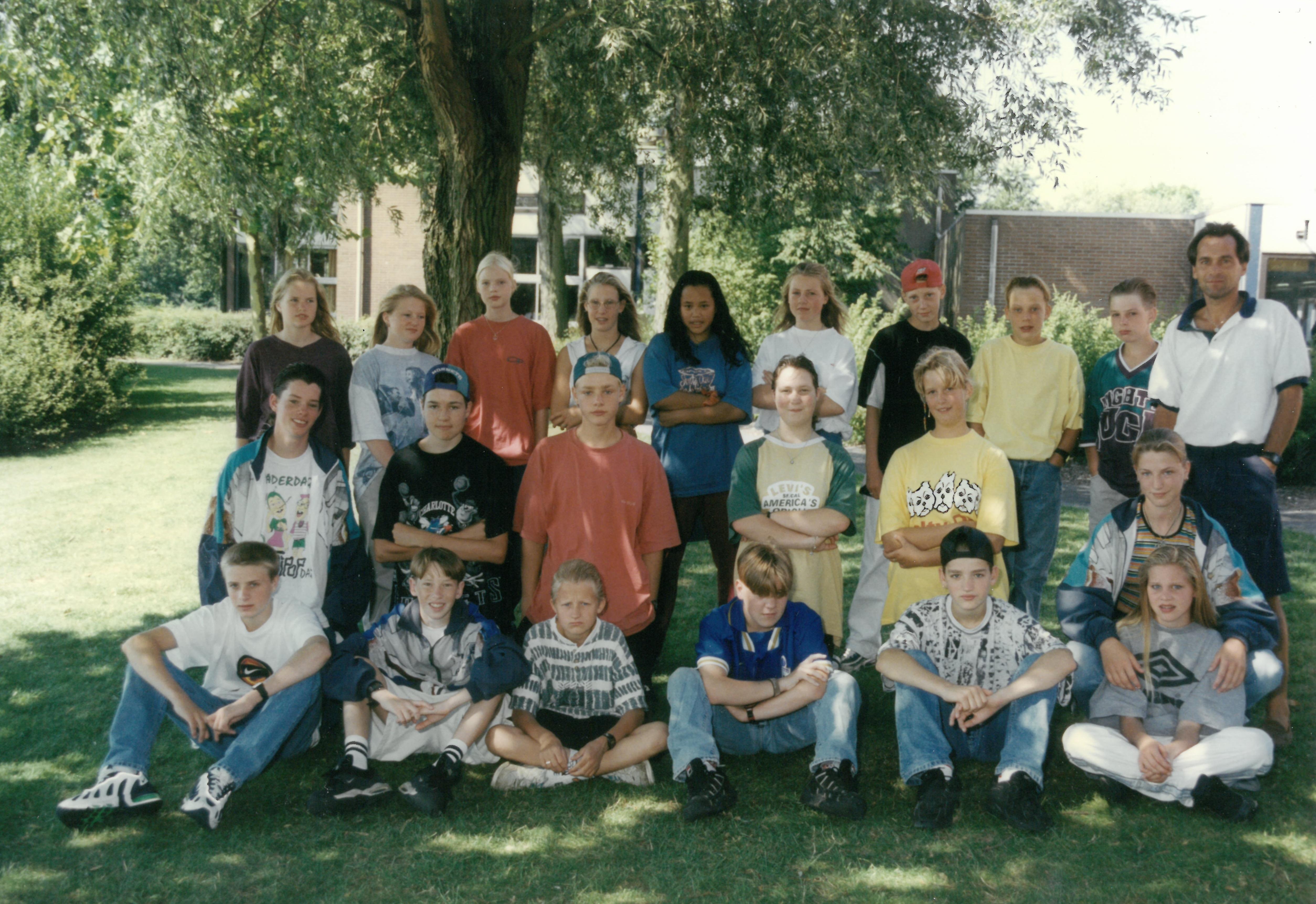 Een oude klassenfoto van het Martinuscollege. (Foto: aangeleverd)