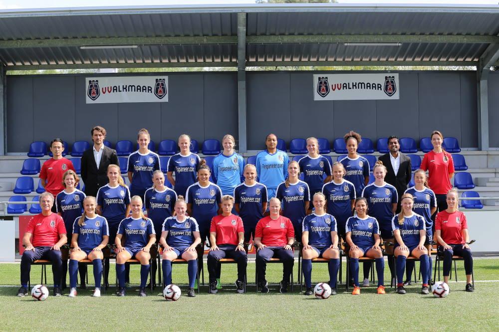 De meiden van VV Alkmaar zijn goed begonnen. (Foto: Ronald Gringhuis)
