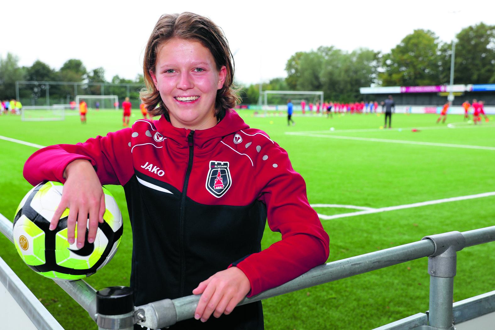 Sanne Koopman voelt zich thuis bij VV Alkmaar. (Foto's: Vincent de Vries/RM).