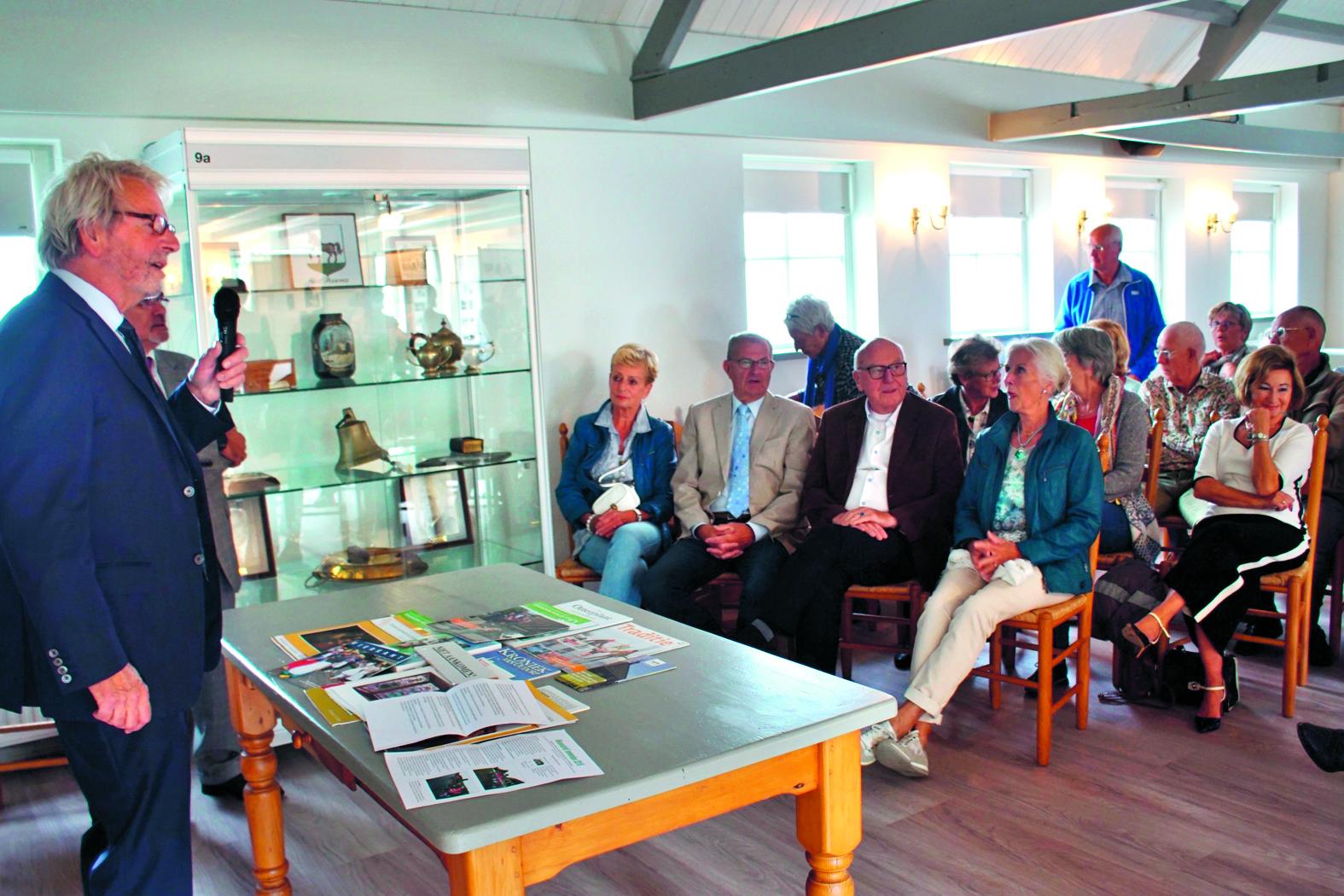 Met het hijsen van de Sint Pancrasvlag was de opening een feit.  rodi.nl © rodi