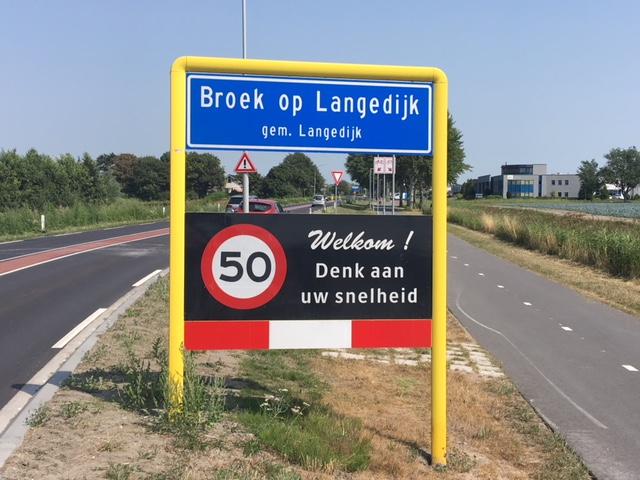 Langedijk...waar een klein dorp groot in is. (FotoJB/RM)