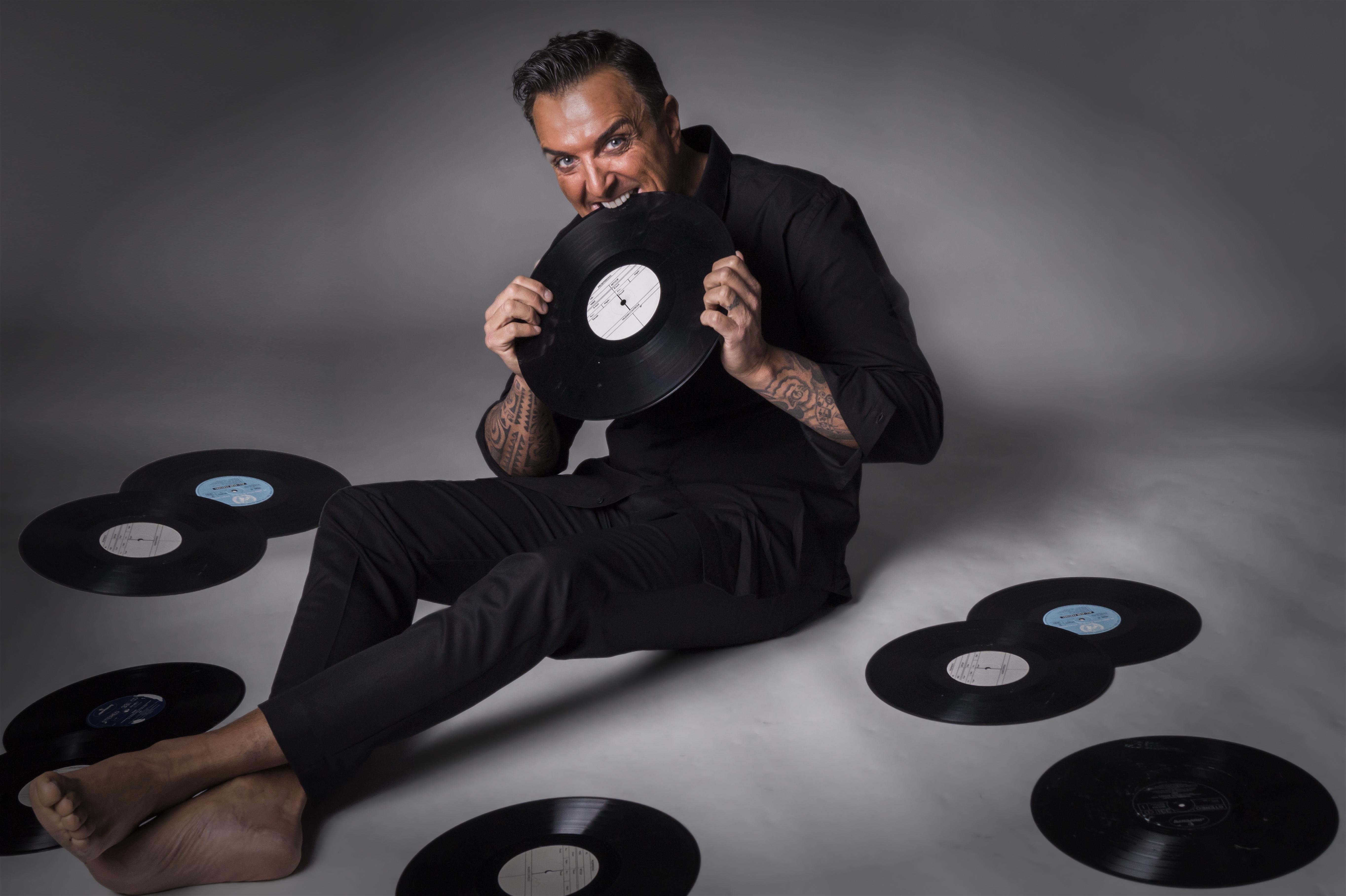 De zanger eet nog liever alle platen op dan dat hij ooit nog in Purmerend optreedt. (Foto: Eddie Mol)