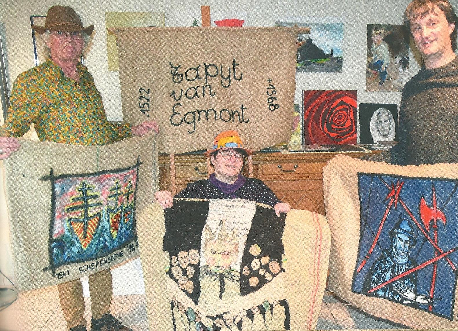 Het Egmondse kunstcollectief Hafre en kunstenaars uit de Egmontstede Zottegen maakten Het Tapijt van Egmont. (Foto: aangeleverd)