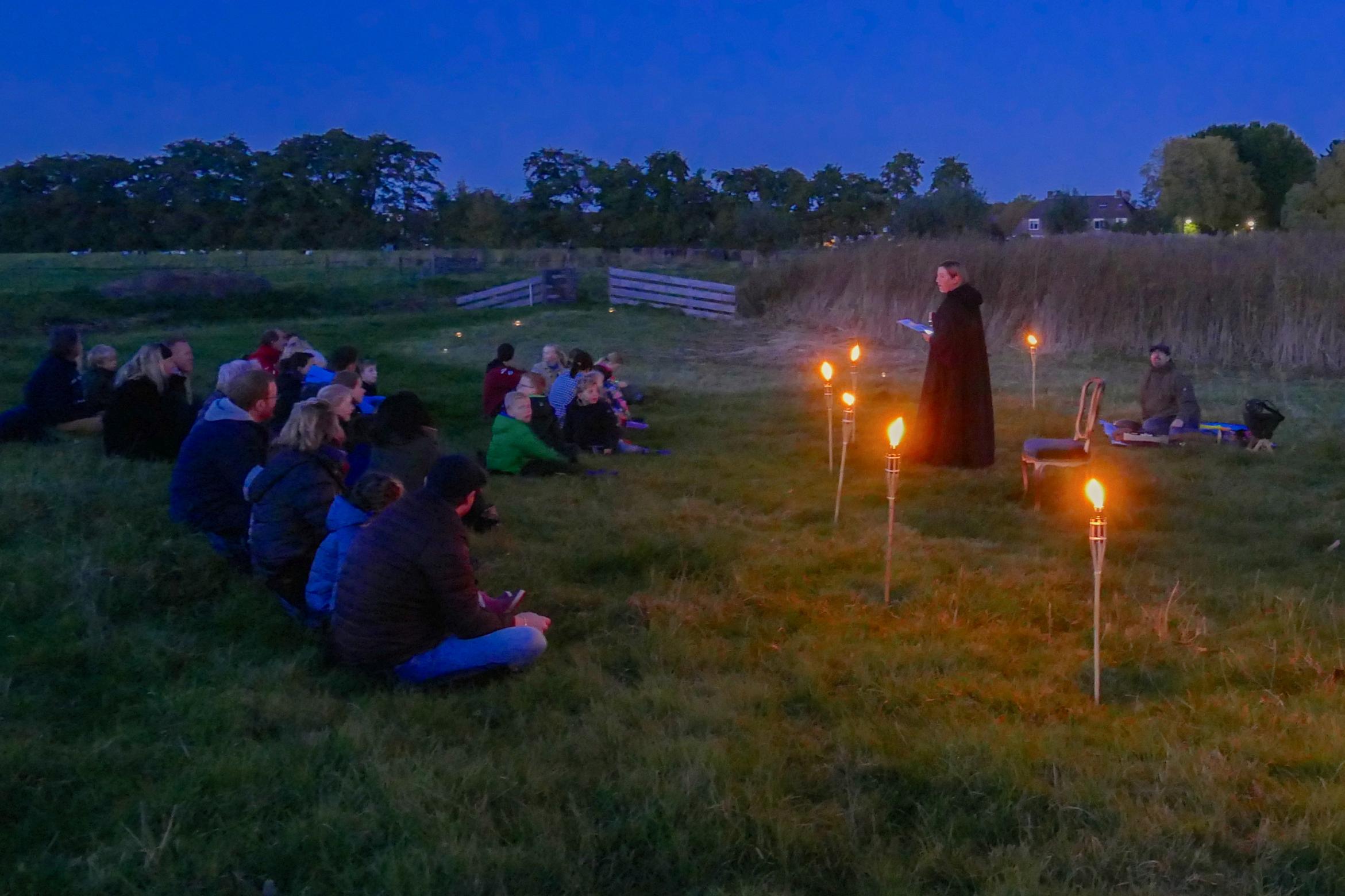 Theater van de Nacht: een avontuurlijke avond voor het hele gezin, vol verwondering in en over het donker. (Foto: aangeleverd)