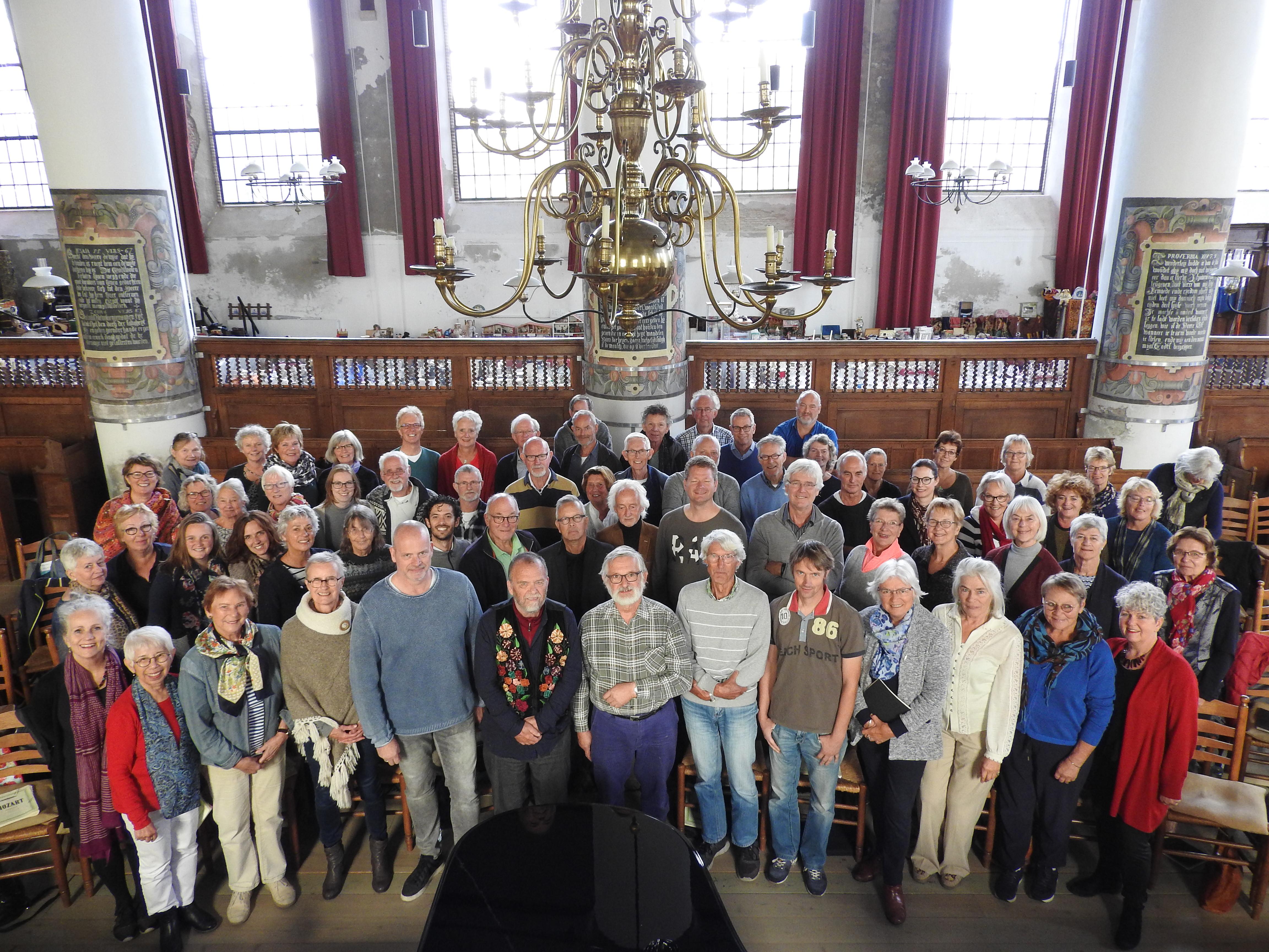 Het projectkoor Mozart's Requiem bestaat uit zo'n zeventig koorleden uit heel West-Friesland. (Foto: aangeleverd)
