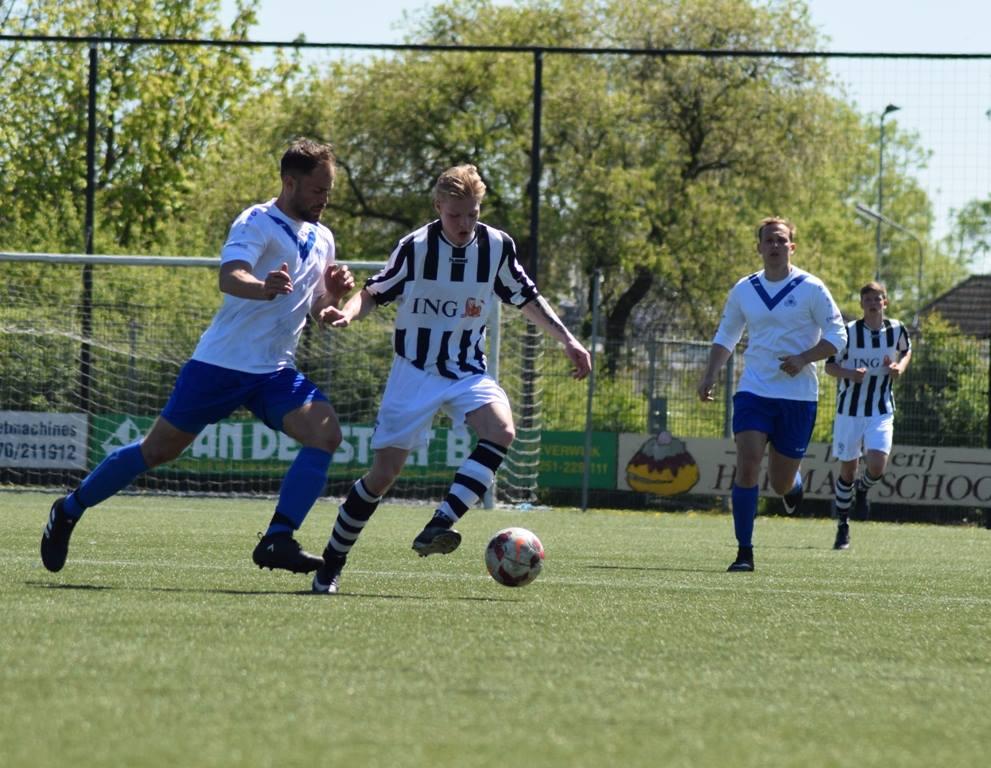 DEM-3 zoekt voetballers