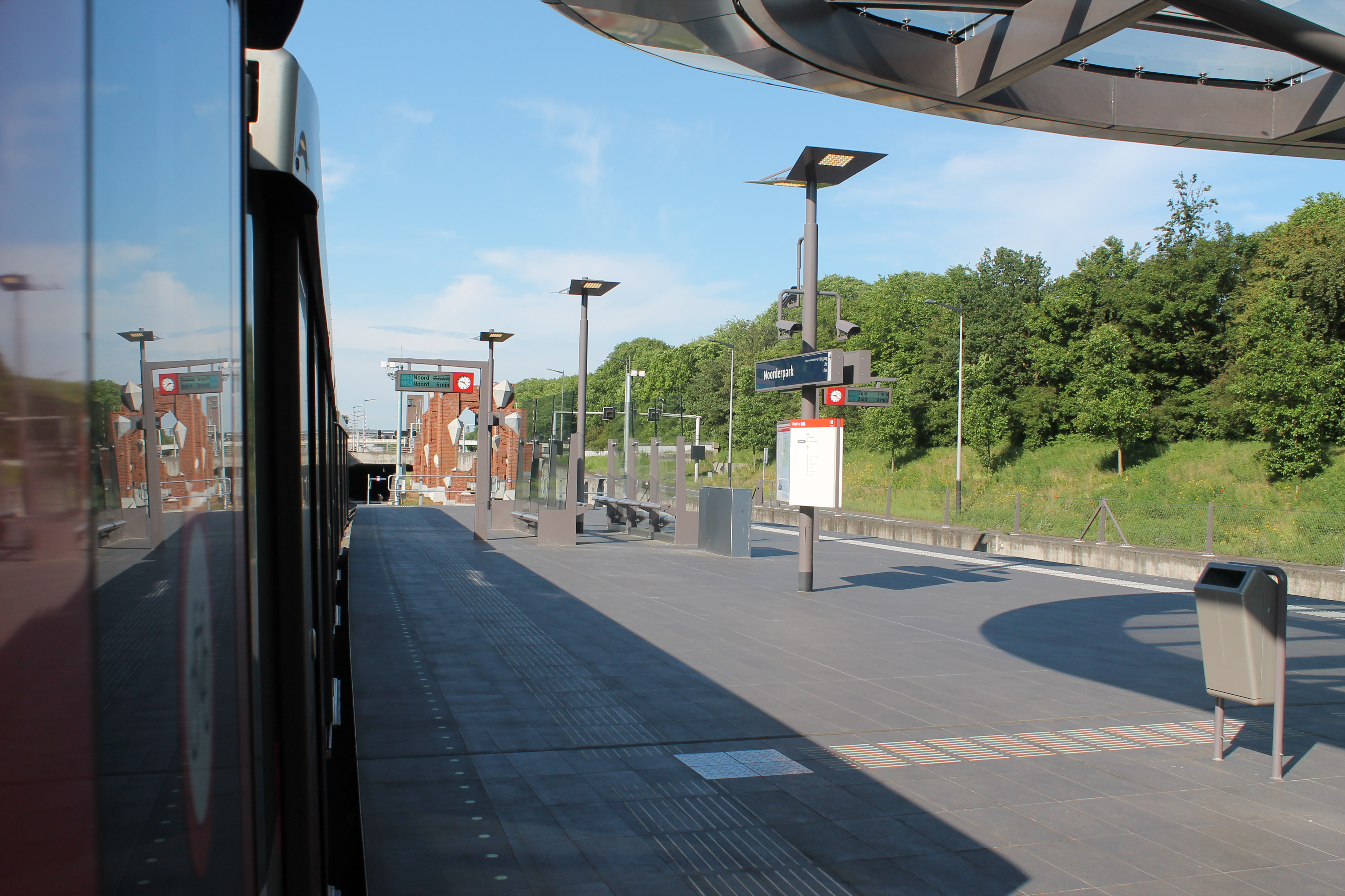 Uit de cijfers van GVB blijkt dat gemiddeld ongeveer 84.000 reizigers per dag de Noord/Zuidlijn nemen. (Foto: Wendy Ruittemanz/RM)
