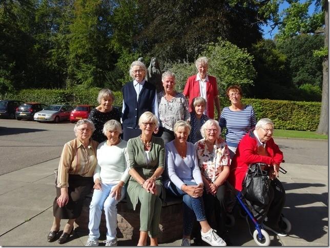 De Zusters toen. (foto aangeleverd) rodi.nl © rodi