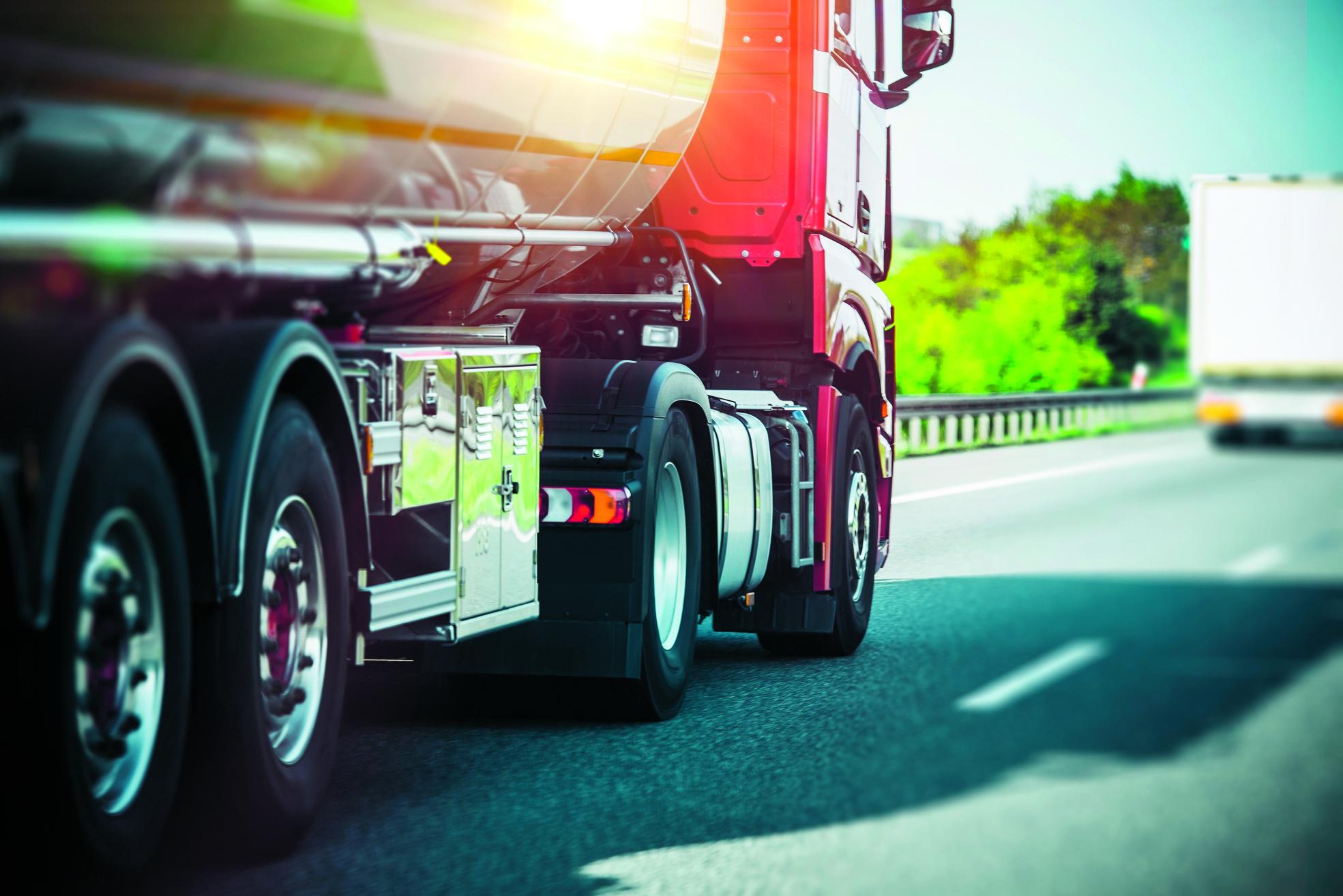 Zodra de nieuwe N23 in november in gebruik wordt genomen, is voor vrachtverkeer een alternatieve route beschikbaar. (Foto: Adobe Stock)