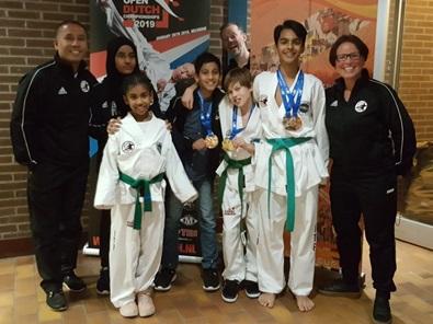 Deelnemers en coaches Taekwondovereniging Twimyo. (Foto: Twimyo)