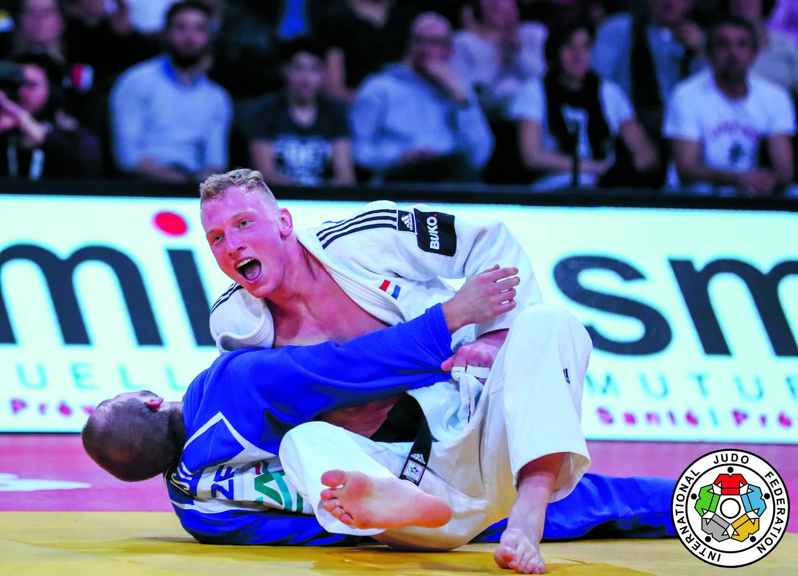 De Heemskerkse judoka Frank de Wit in actie. (FOTO: AANGELEVERD)