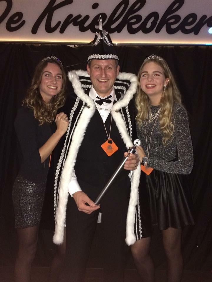 Prins Hans 1 en zijn prinsessen. (Foto: aangeleverd)