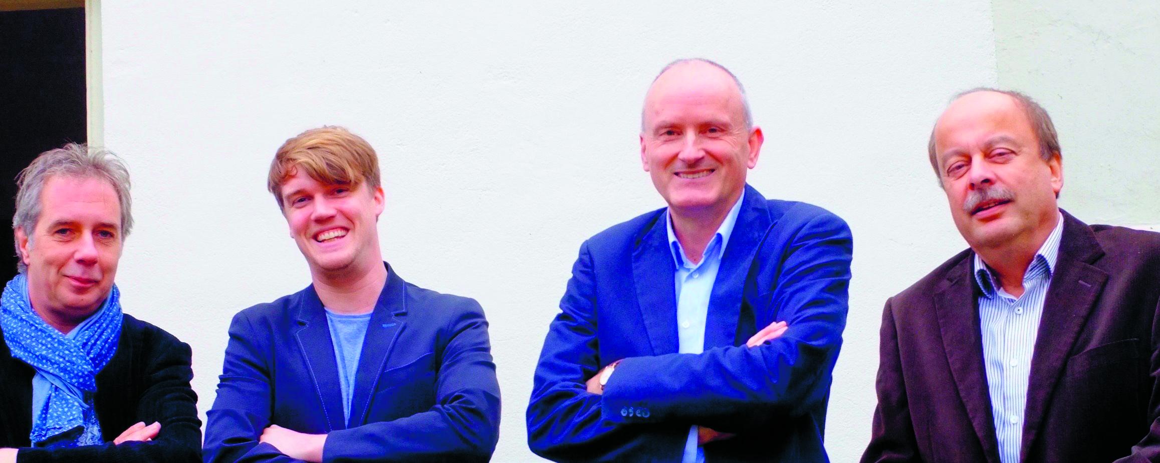 Michiel Tegelberg, Reinout Wieffenbach, Auke Haaksma en Henk Jan van Sluijs spelen 2 december in de Pianokamer in Spierdijk. (Foto: aangeleverd)