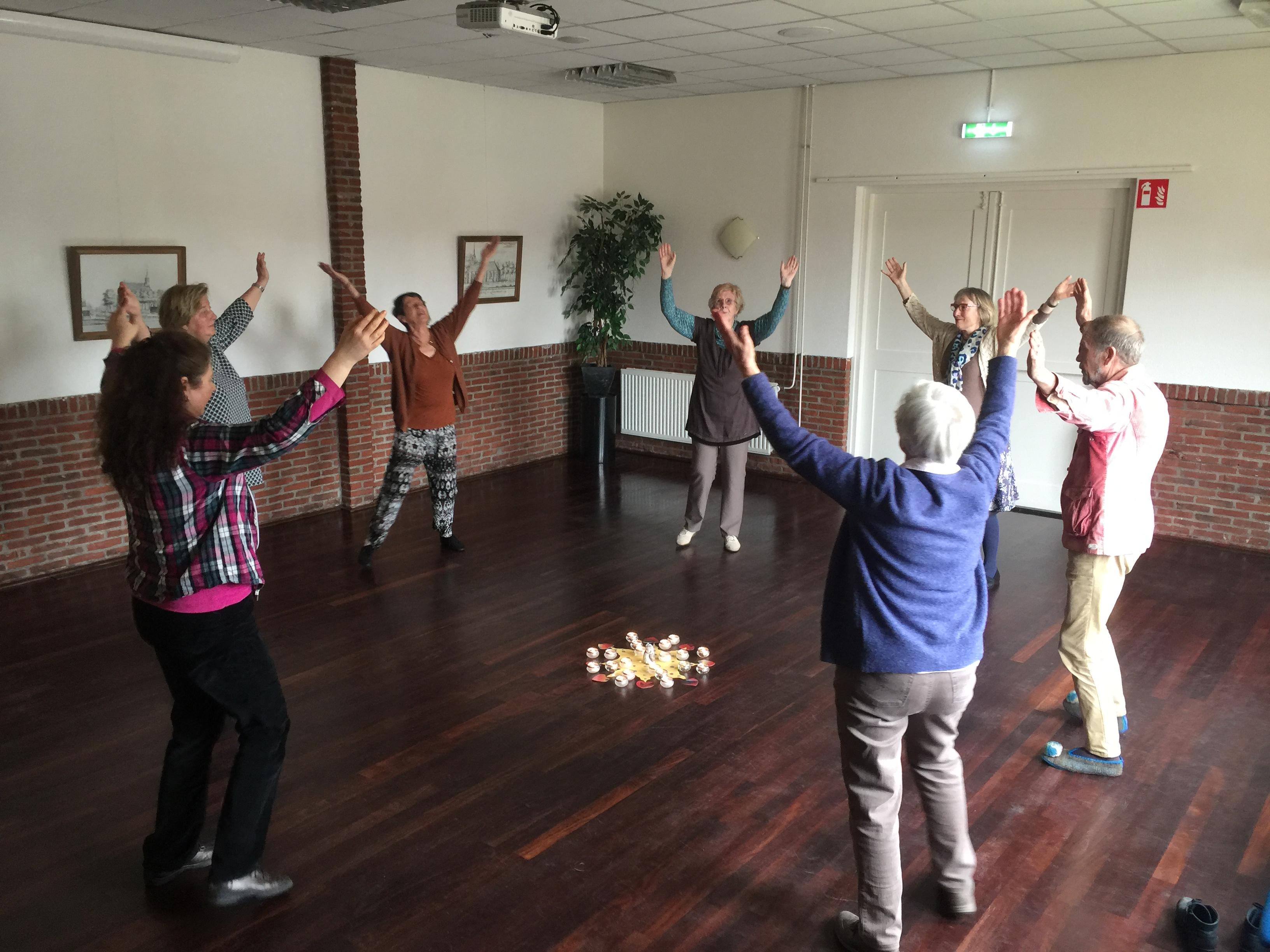 Meditatieve dans in Het Kruispunt