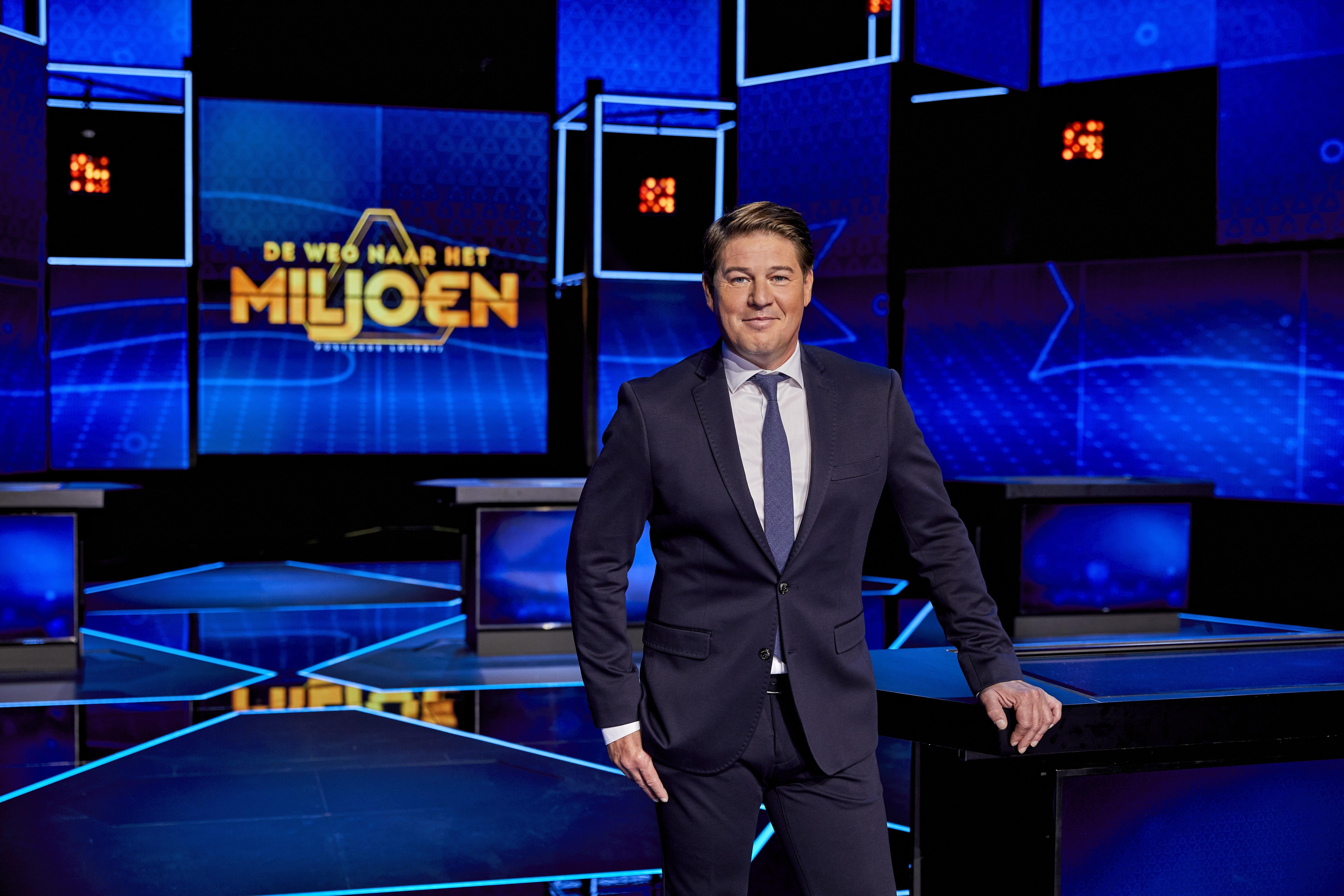 Martijn Krabbé presenteert 'Postcode Loterij De Weg naar het Miljoen'. (Foto: William Rutten)