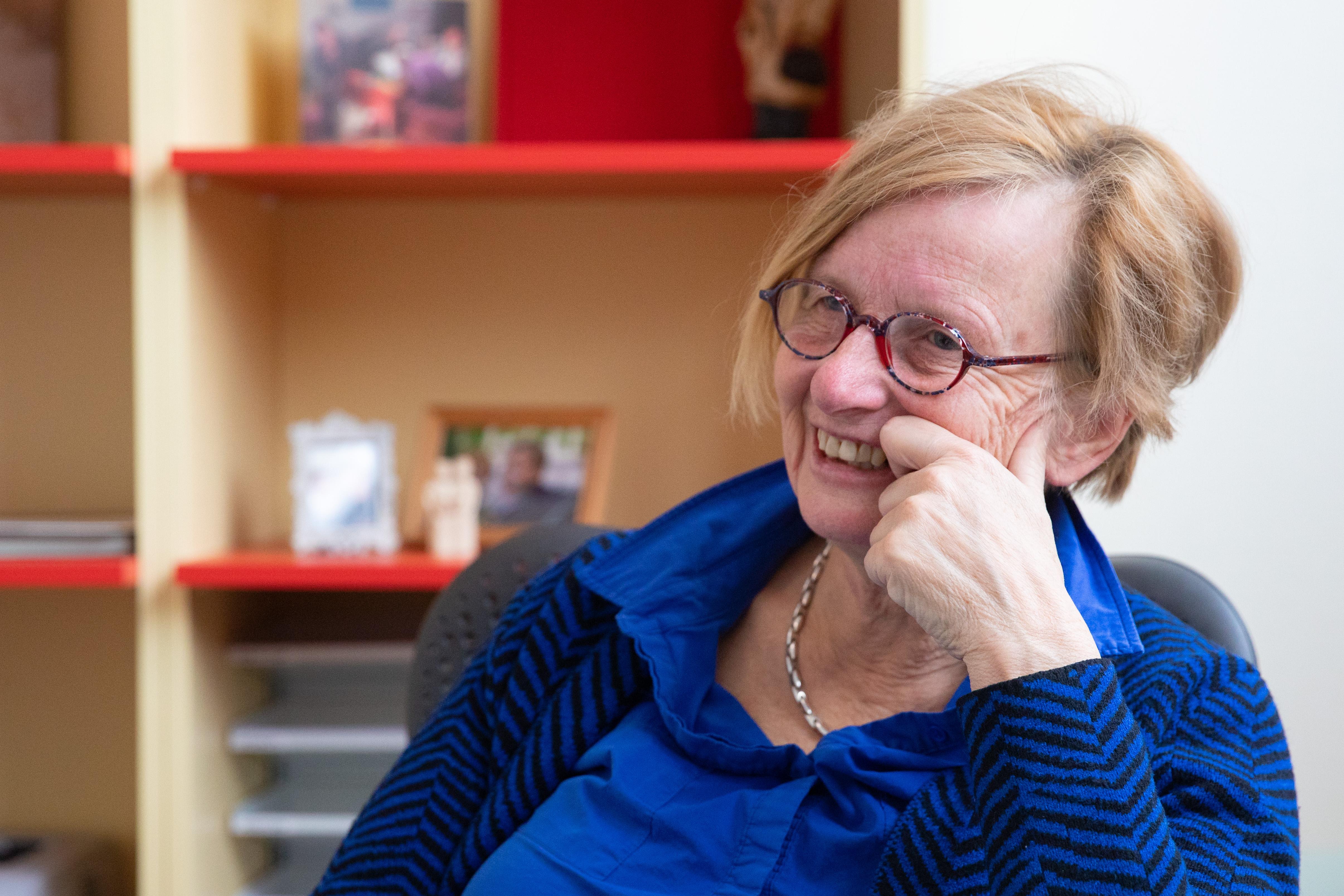 Dokter Witteveen neemt na dertig jaar lief en leed afscheid van haar patiënten. (Tekst: Marsha Bakker / Foto: Vincent de Vries/ RM)